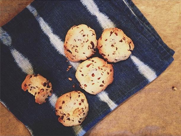 vanilla almond seasalt cookies