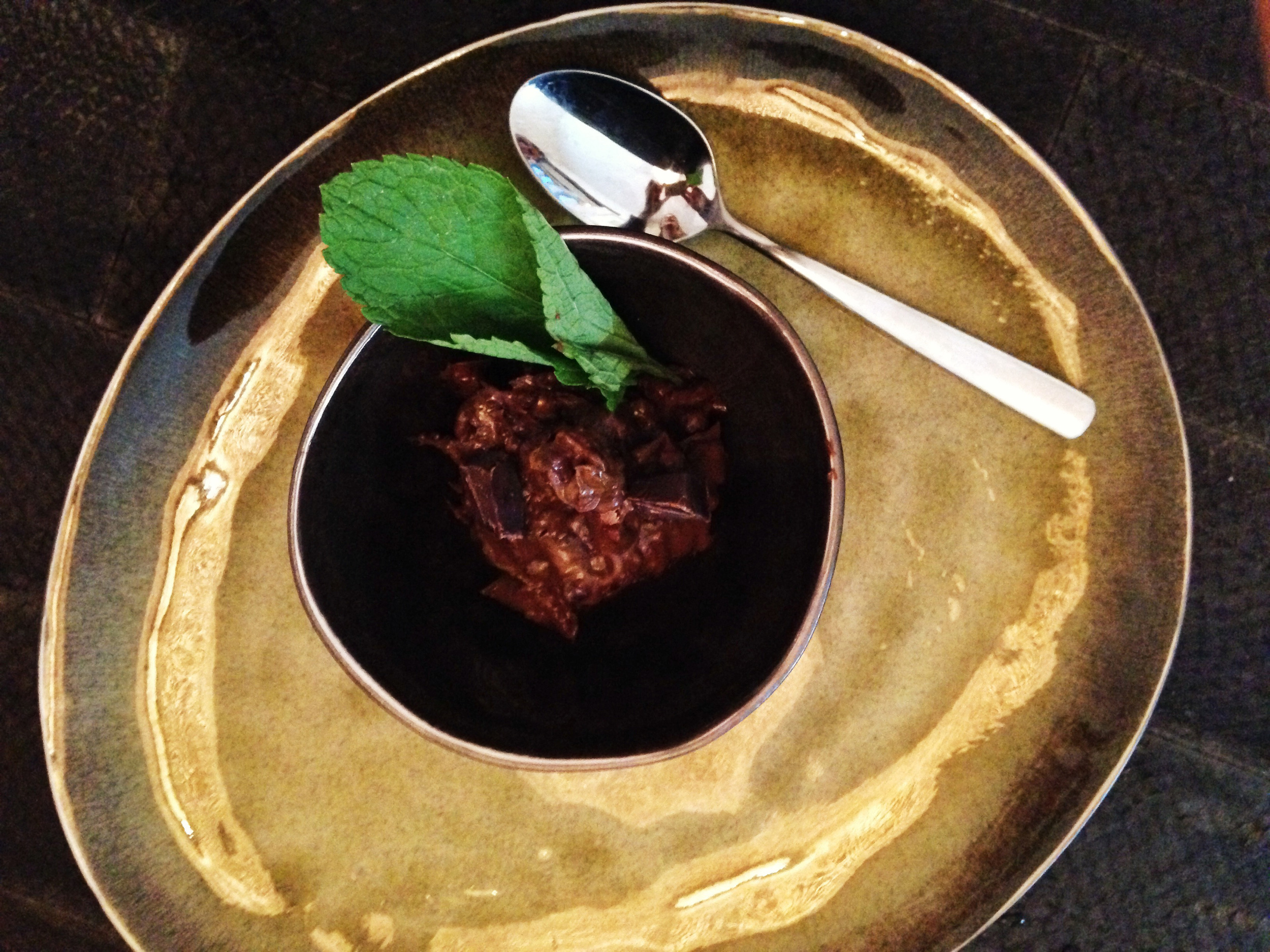 raw chocolate pudding