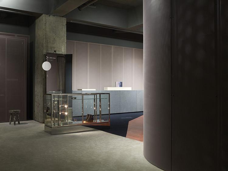 Yellowtrace-Acne-Studio-Tokyo-by-BOZARTHFORNELL-ARCHITECTS-02.jpg