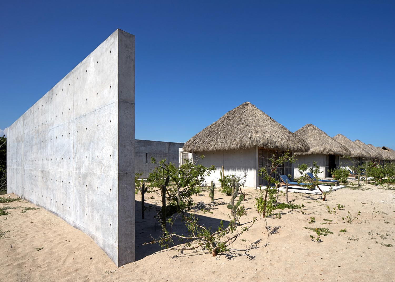 Casa-Wabi_Bosco-Studio-House_Tadao-Ando_Puerto-Escondido_Oaxaca_Mexico_dezeen_1568_0.jpg