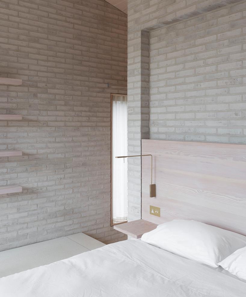 john-pawson-life-house-living-architecture-UK-designboom-05.jpg