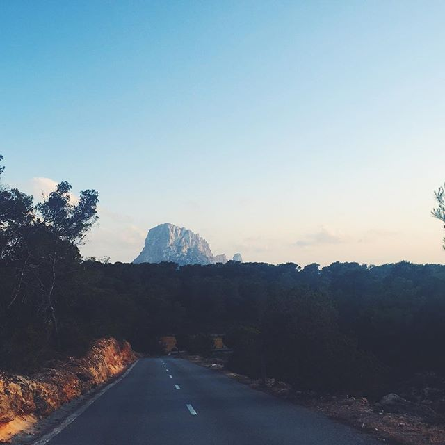 to do sunset on Es Vedra