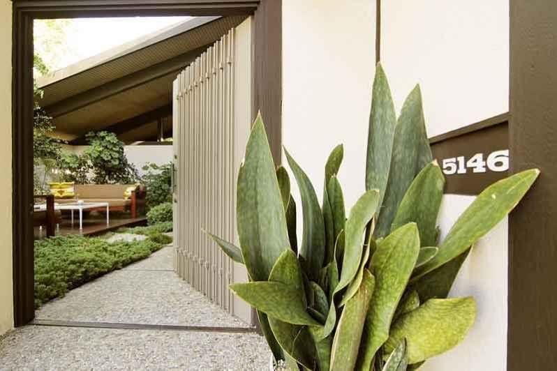 Aziz Ansari-Hong House-Los Feliz Estates5146_LOS_FRANCISCOS_011.0.jpg5146_LOS_FRANCISCOS_003.0.jpg