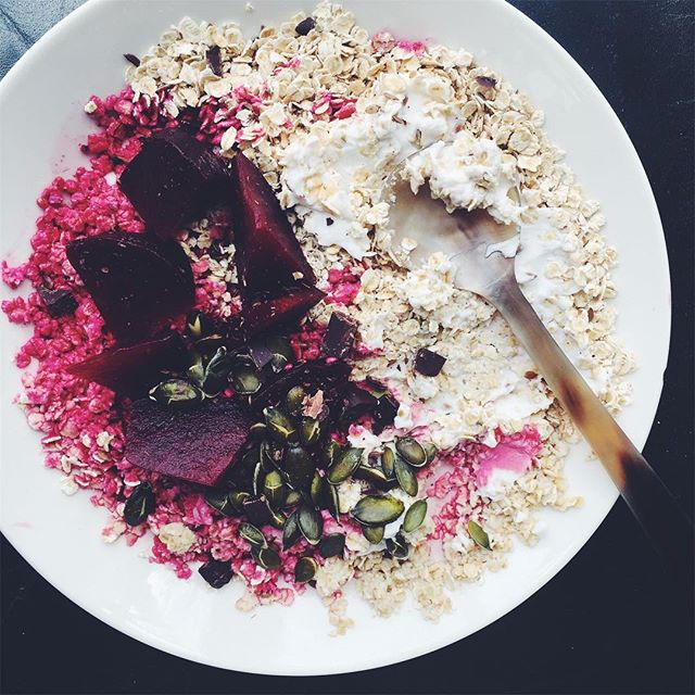 Beetroot Overnight Oats with Coconut, Toasted Pumpkin Seeds and Chocolate Cacao Nibs - OATS+ BEETROOT+ CACAO+ TOASTED PUMPKIN SEEDS