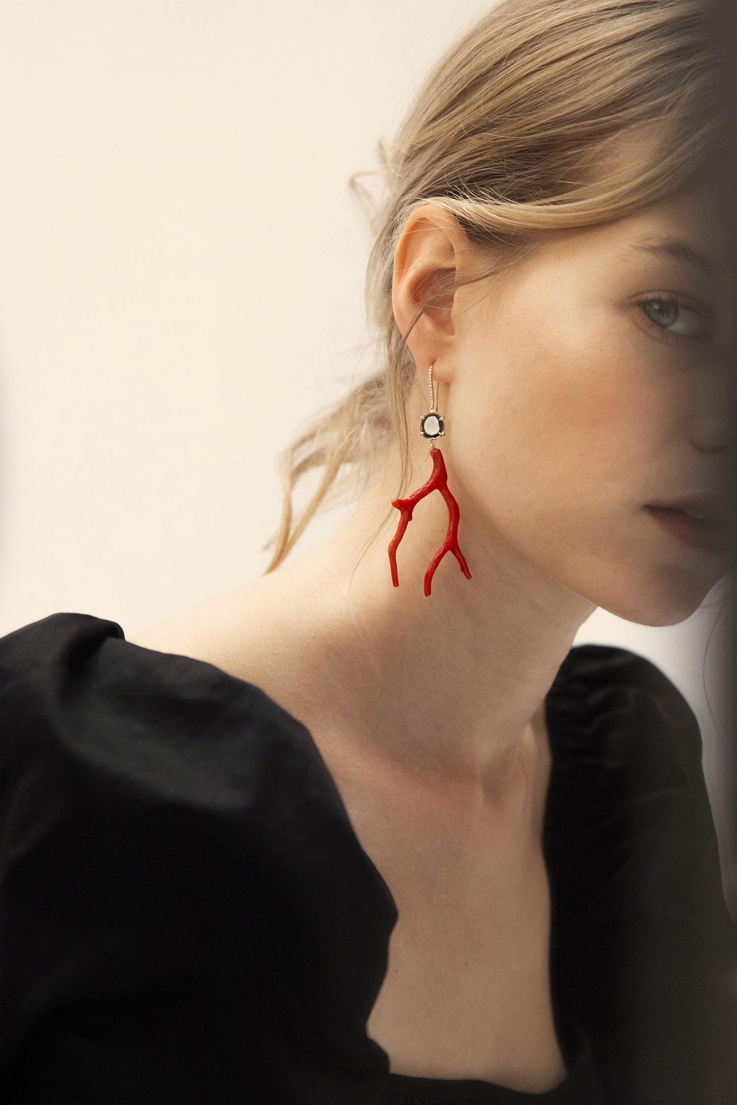 karolinevanloon-02-earrings.jpg