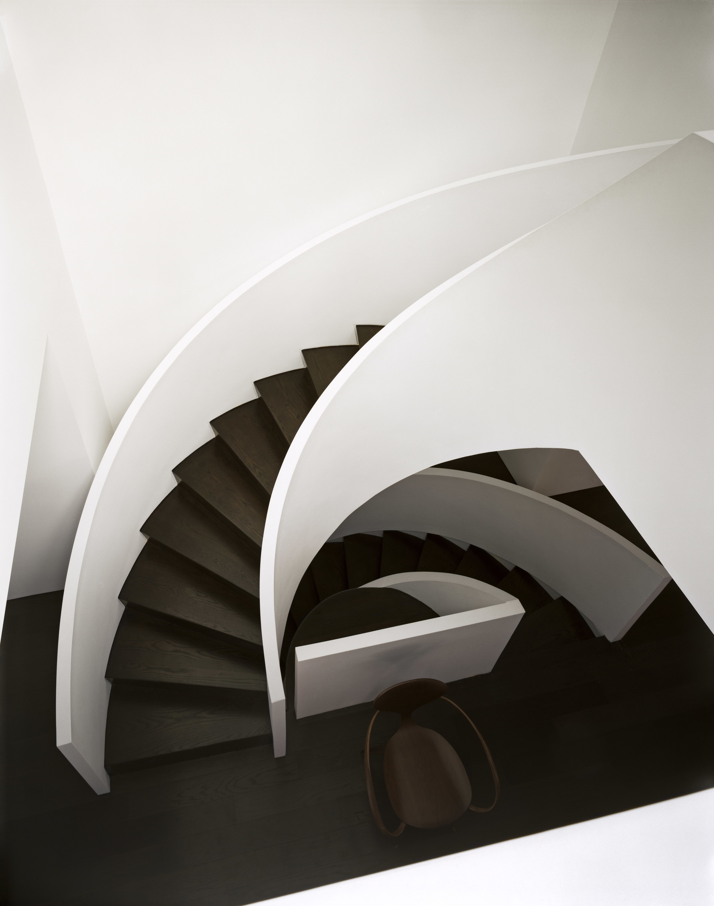 005. 101 RUSSELL HILL ROAD -  STAIR ABOVE.jpg