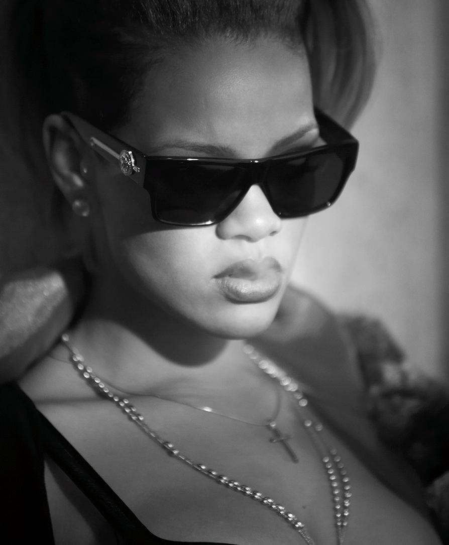 ©KirkEdwards_Rihanna4.png