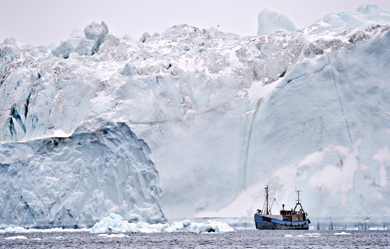 Iceberg & Fisherboat