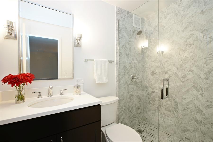Bathroom 1 copy.jpg