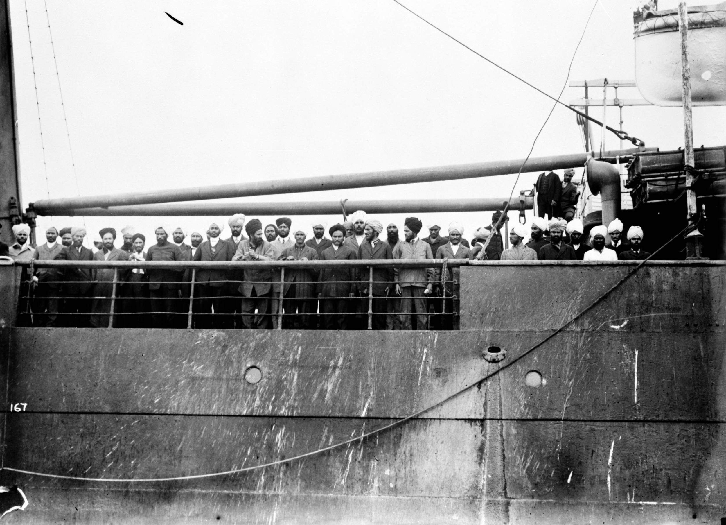 Passengers on Board Komagata Maru.jpeg
