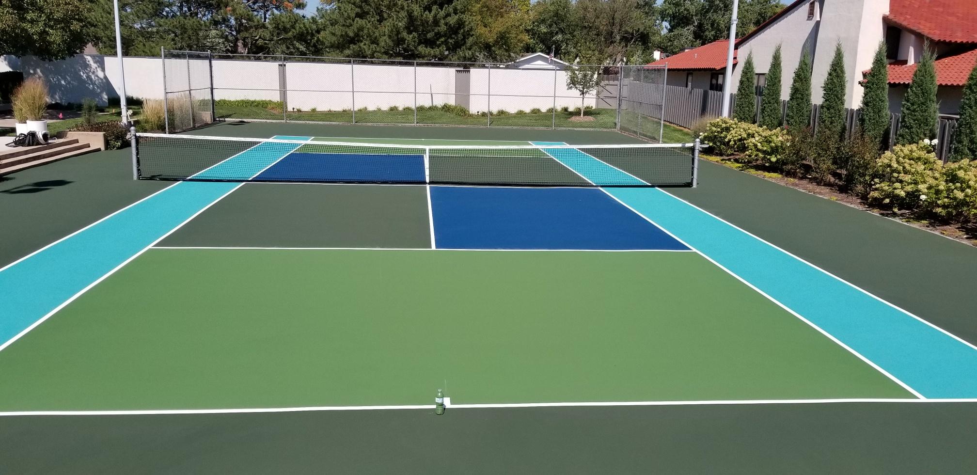 hutch multi color court.jpg