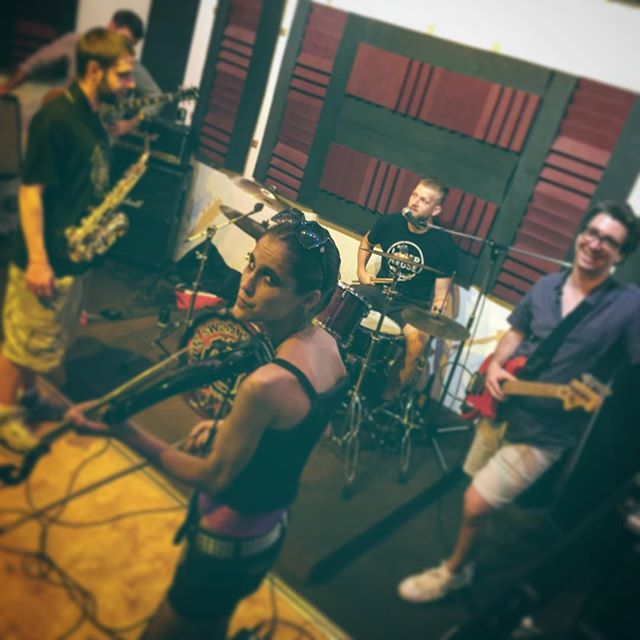 That face tho... Big V hard at work prepping for Saturday's show.  #jessicathephotographer#bigvolcano#music#brooklyn#band#bkmusic#sweatshop#electric
