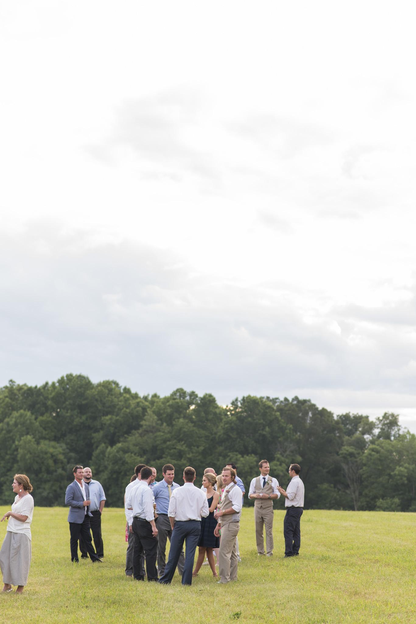Backyard_Wedding_Lynchburg_VA1400.jpg