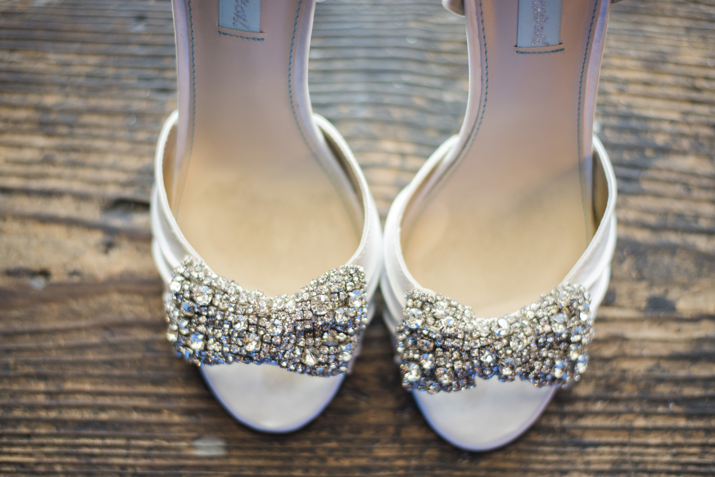 tresca_elegant_downtown_wedding_lynchburg_va004.jpg