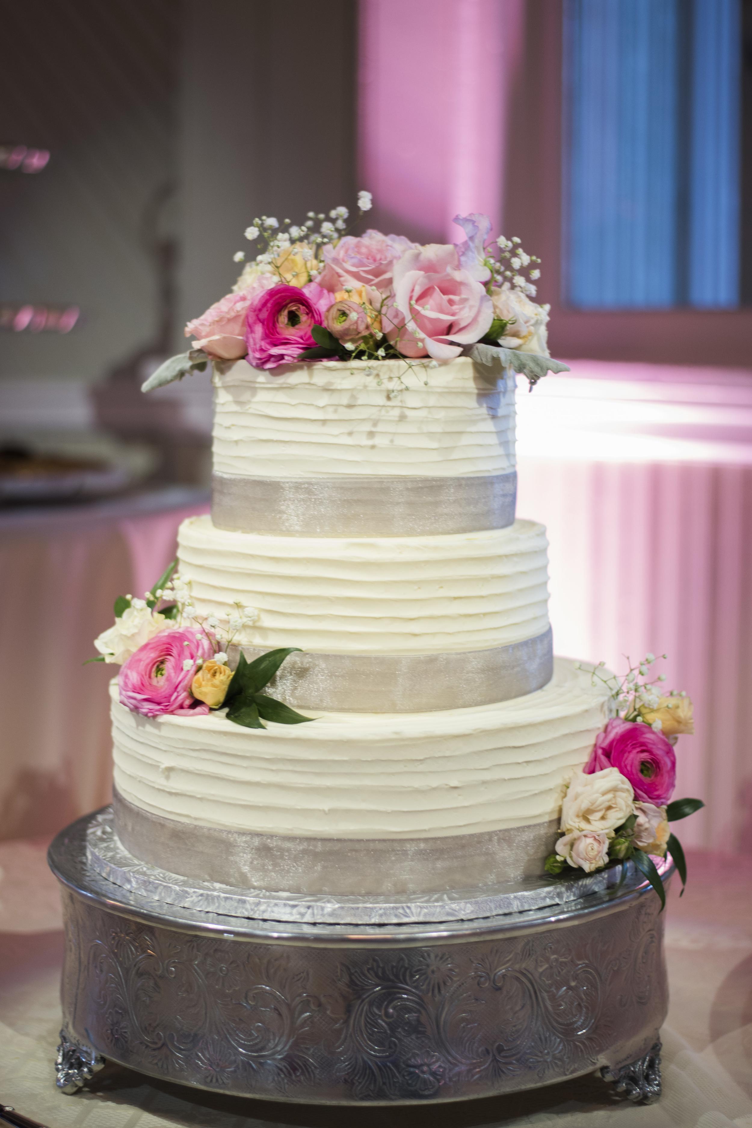 tresca_elegant_downtown_wedding_lynchburg_va033.jpg