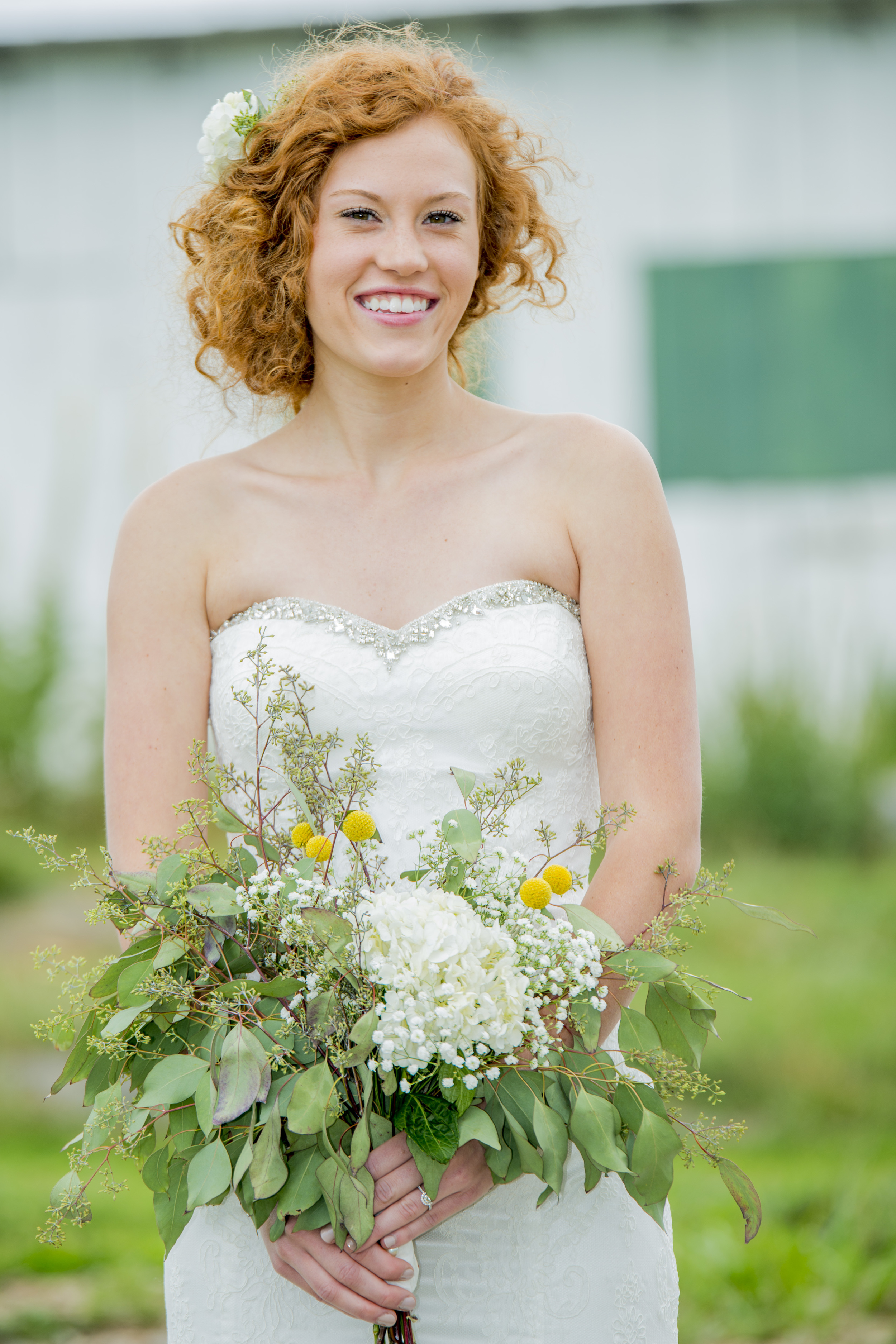 rustic_chic_farm_field__barn_wedding_lynchburg_va004.jpg