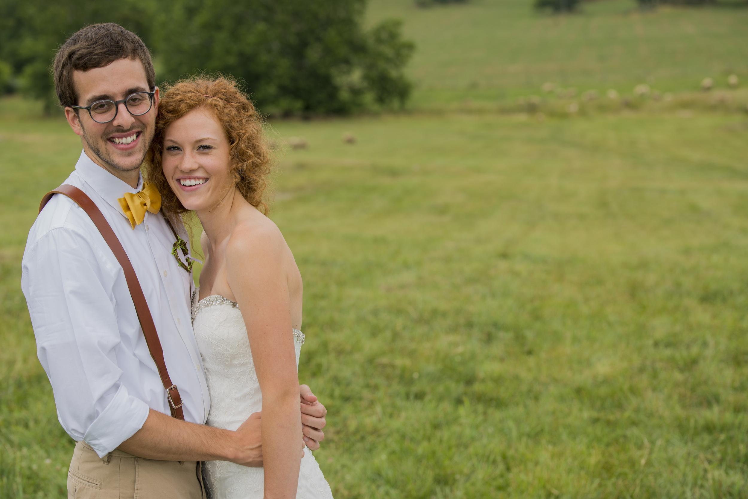 rustic_chic_farm_field__barn_wedding_lynchburg_va008.jpg
