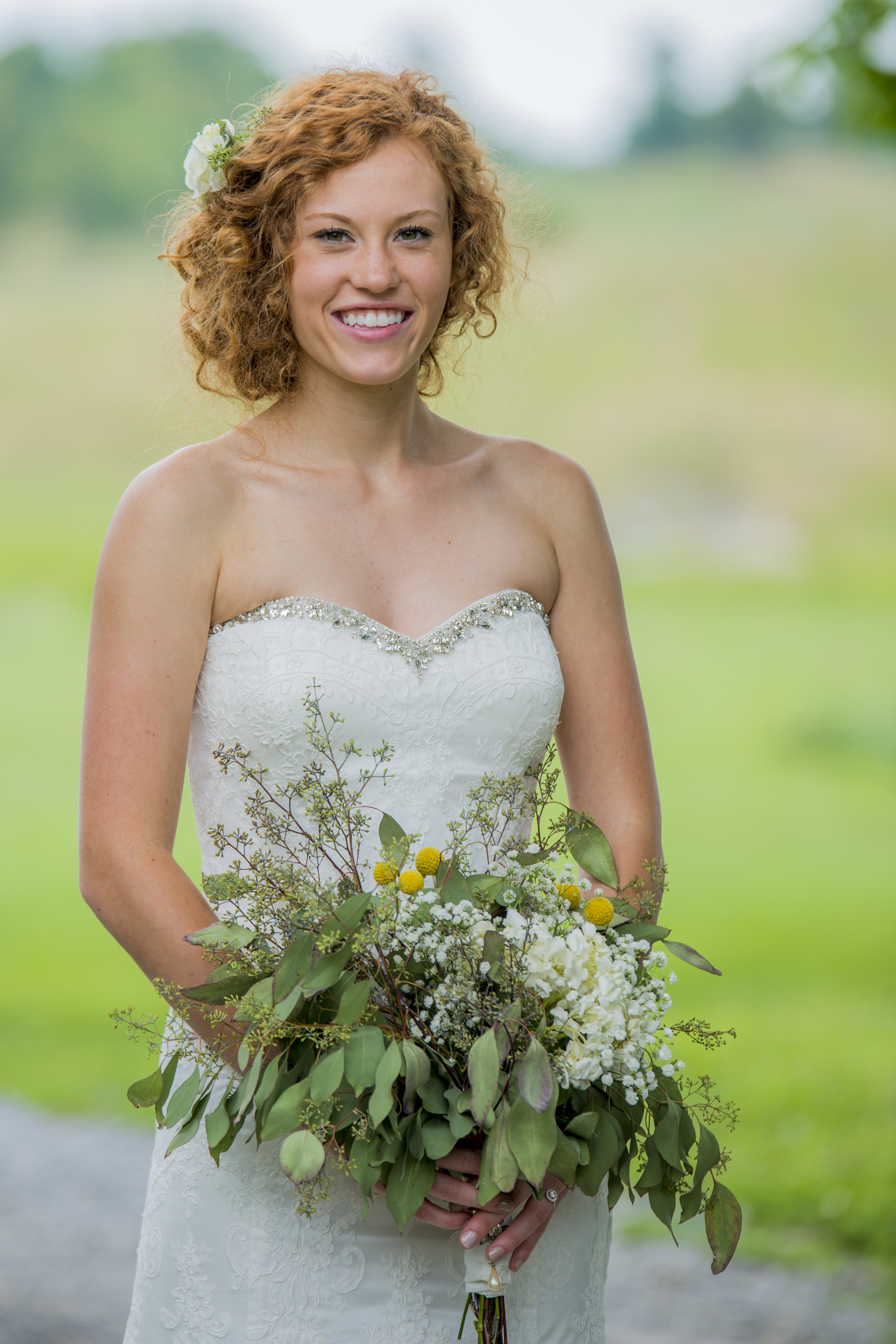 rustic_chic_farm_field__barn_wedding_lynchburg_va031.jpg