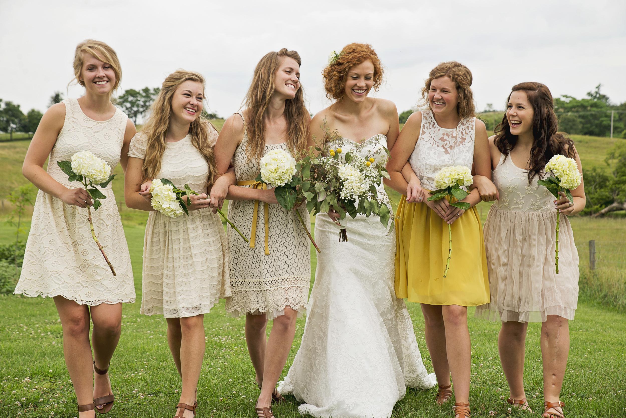 rustic_chic_farm_field__barn_wedding_lynchburg_va033.jpg