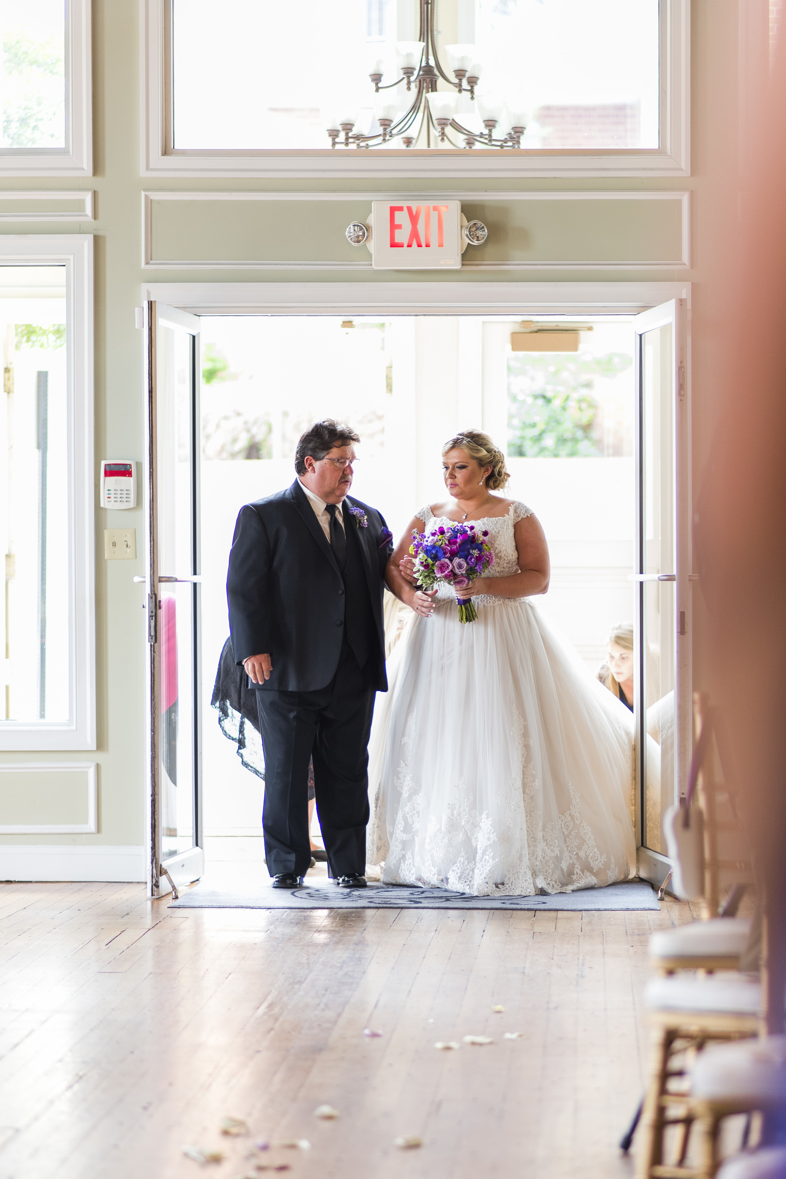 Lynchburg_VA_Wedding_Tresca on 8th_Downtown_Purple_elegant_Photos885.jpg
