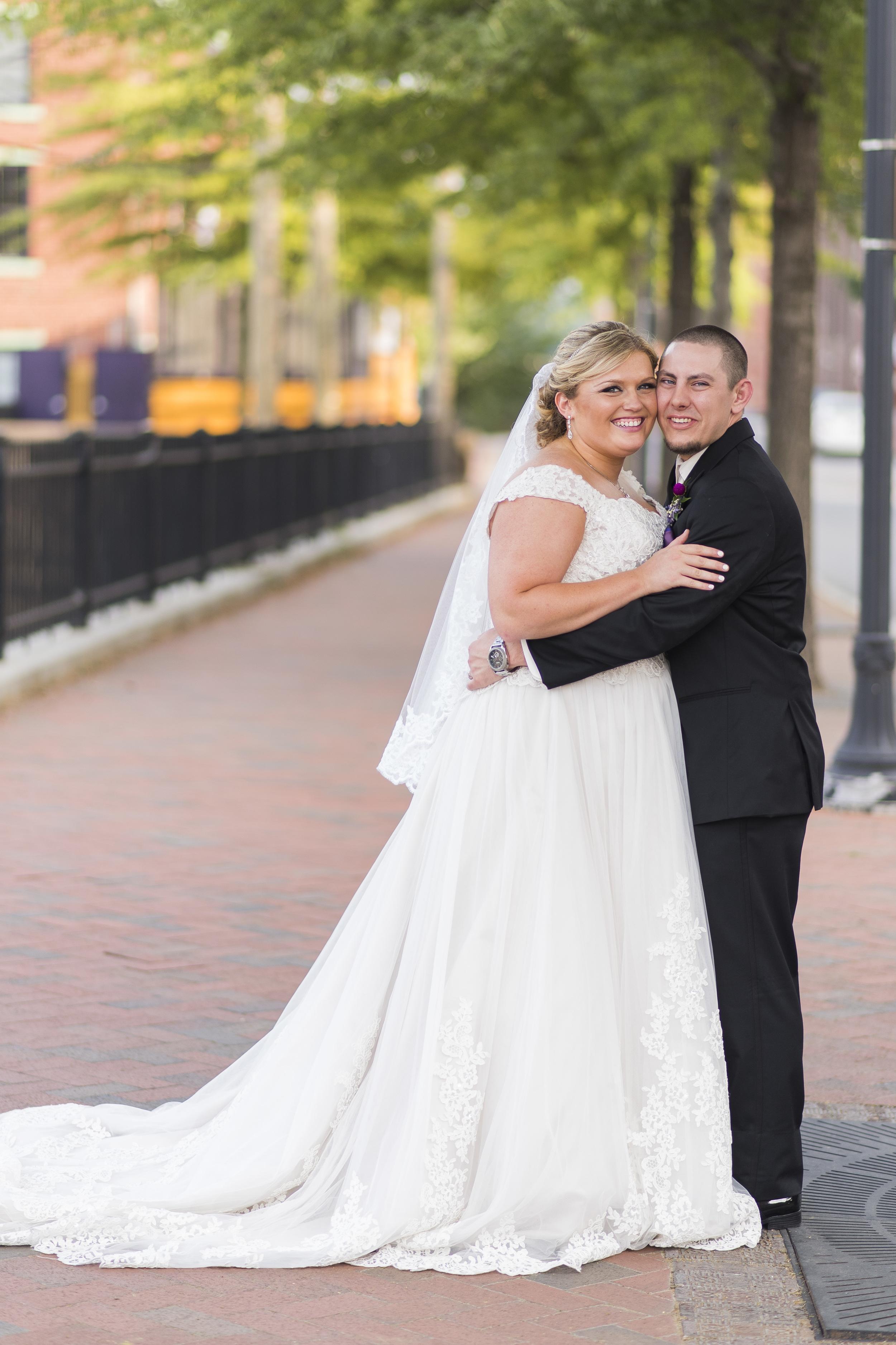 Lynchburg_VA_Wedding_Tresca on 8th_Downtown_Purple_elegant_Photos900.jpg