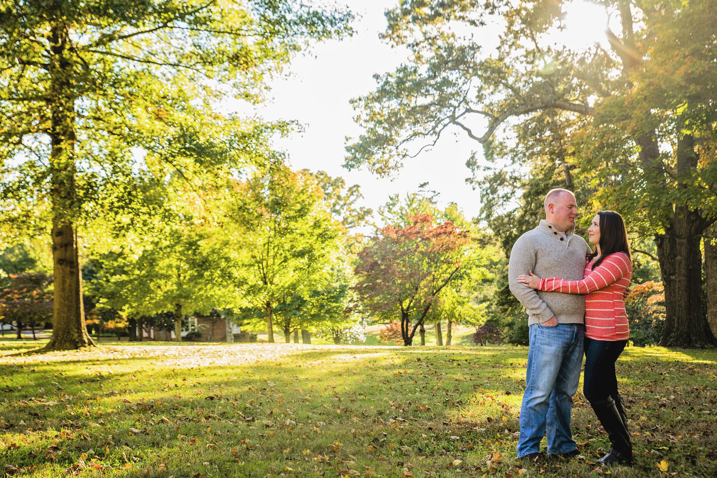 fall_romantic_park_engagement_session_lynchburg_va002.jpg