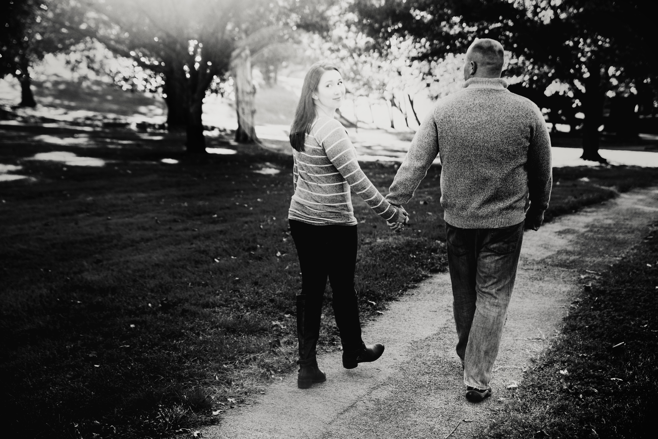 fall_romantic_park_engagement_session_lynchburg_va003.jpg