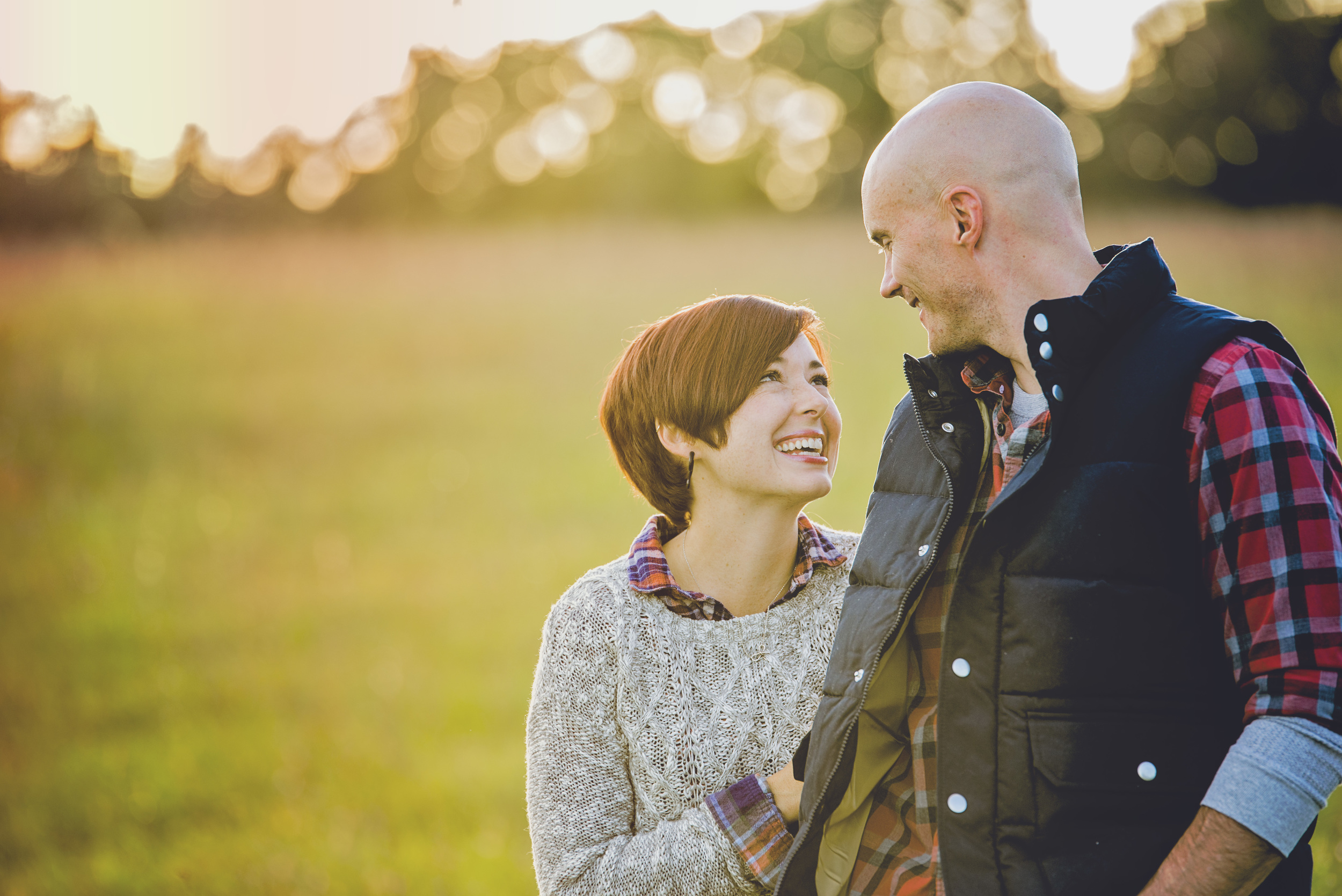 romantic_fall_field_engagement_session_lynchburg_va004.jpg
