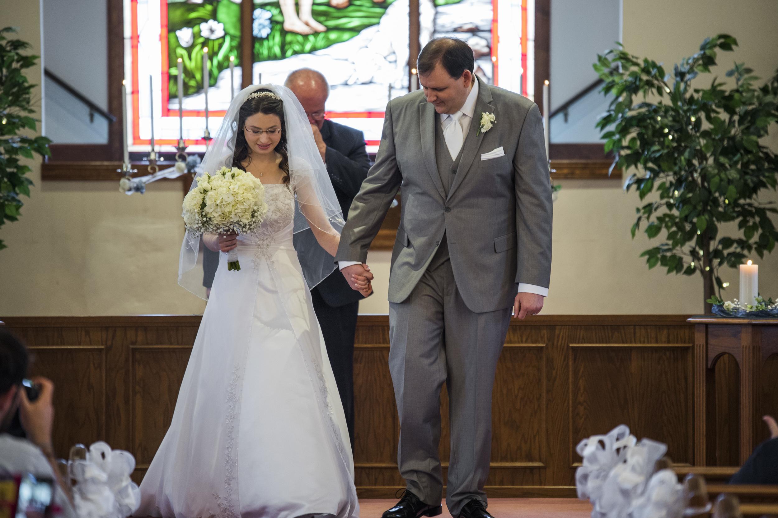 intimate_plantation_church_wedding_lynchburg_va012.jpg