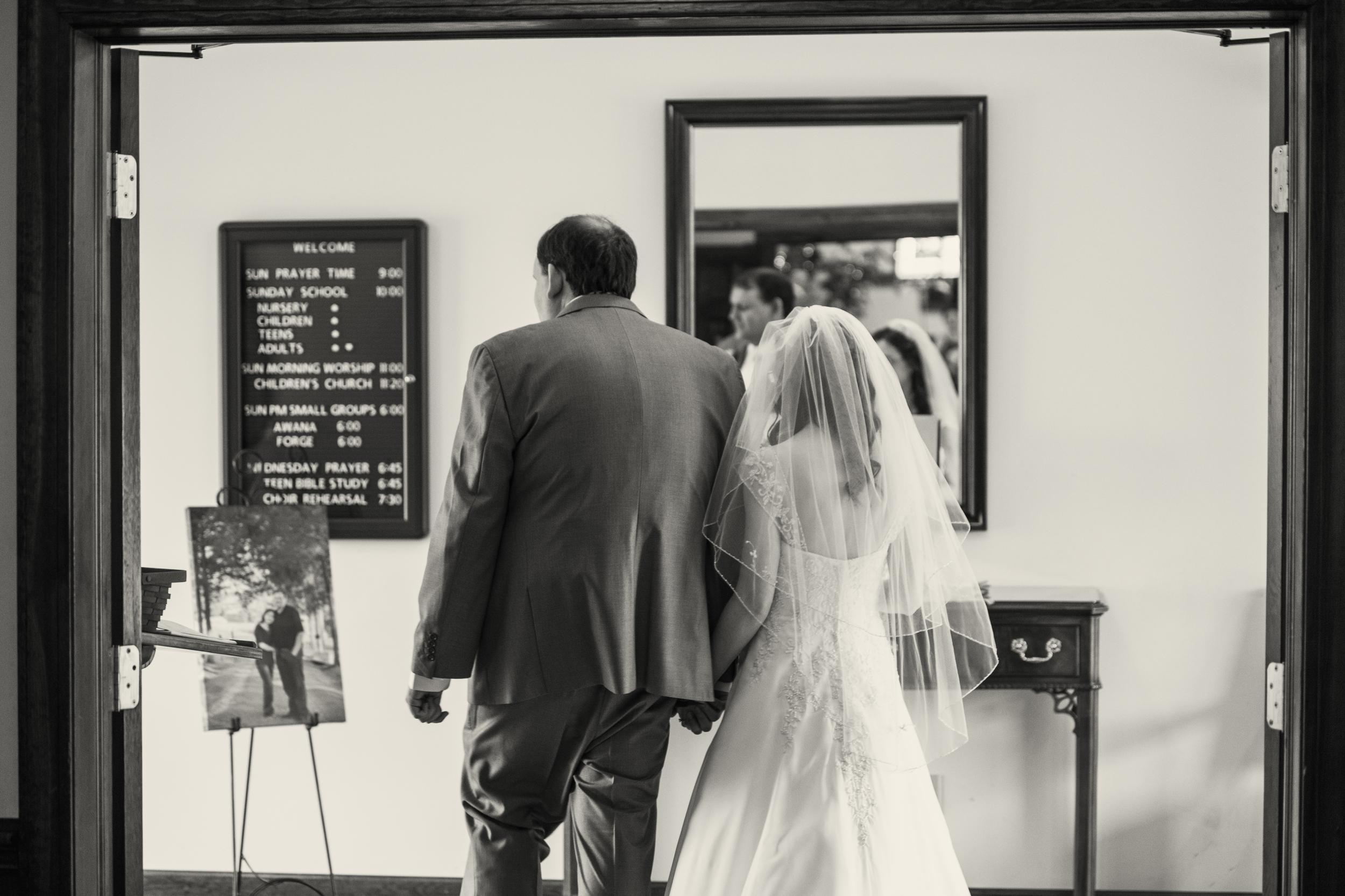 intimate_plantation_church_wedding_lynchburg_va014.jpg