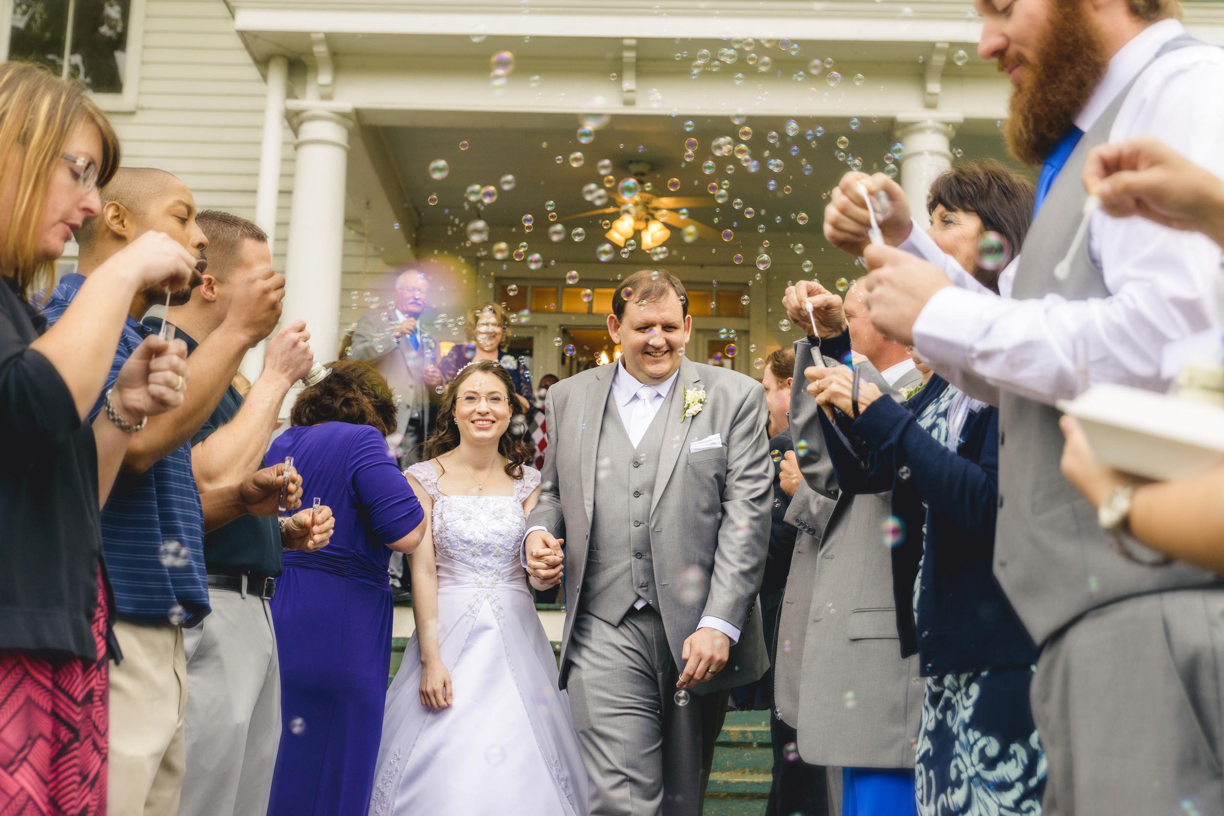 intimate_plantation_church_wedding_lynchburg_va036.jpg
