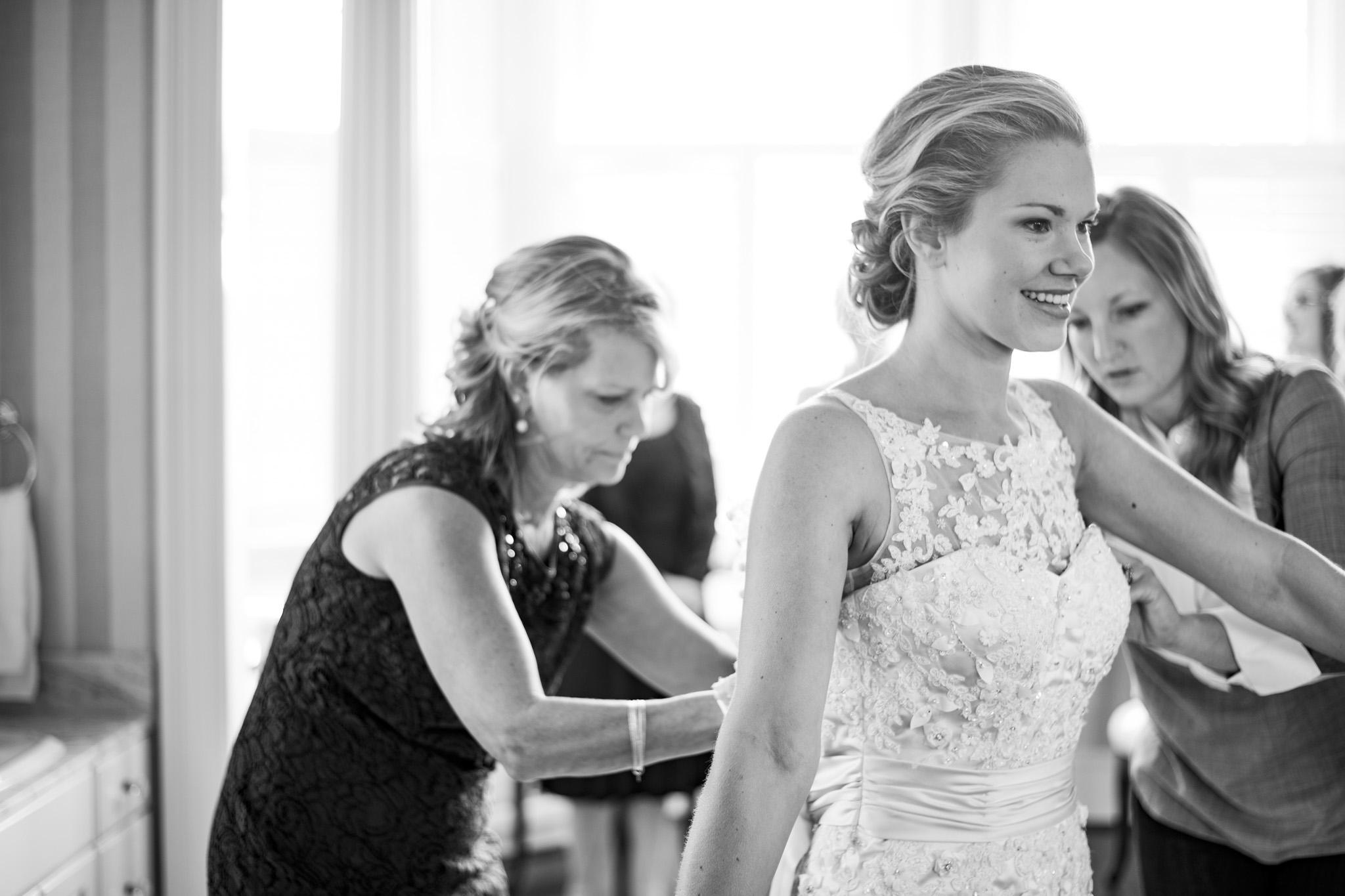 West Manor Wedding_Lynchburg VA_Classic_Black tie_Forest VA_Wedding_photos2015.jpg