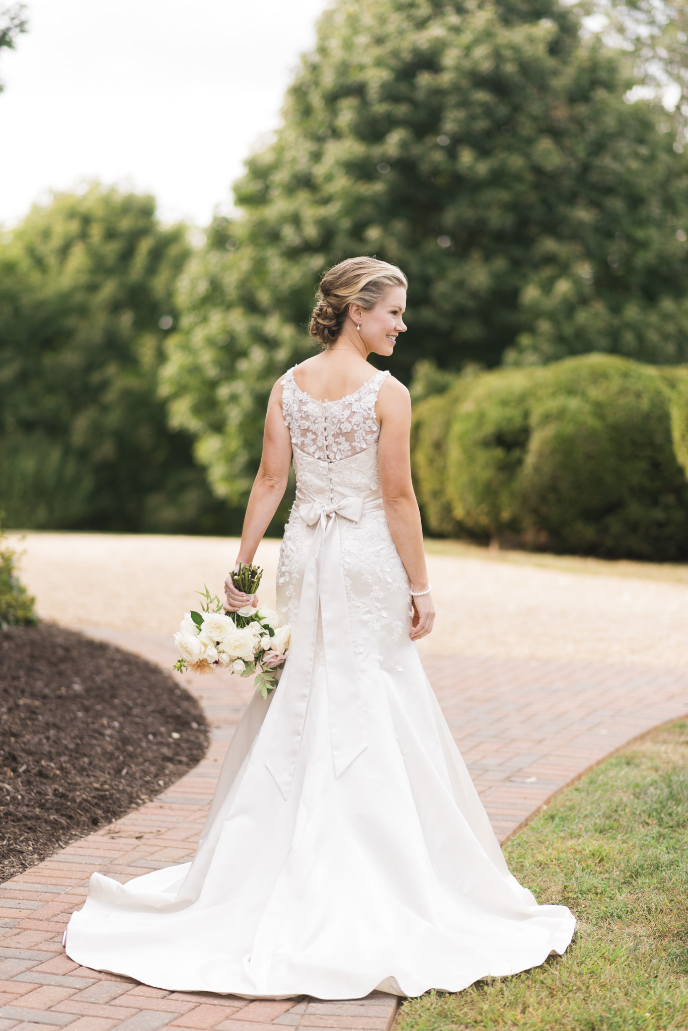 West Manor Wedding_Lynchburg VA_Classic_Black tie_Forest VA_Wedding_photos2037.jpg