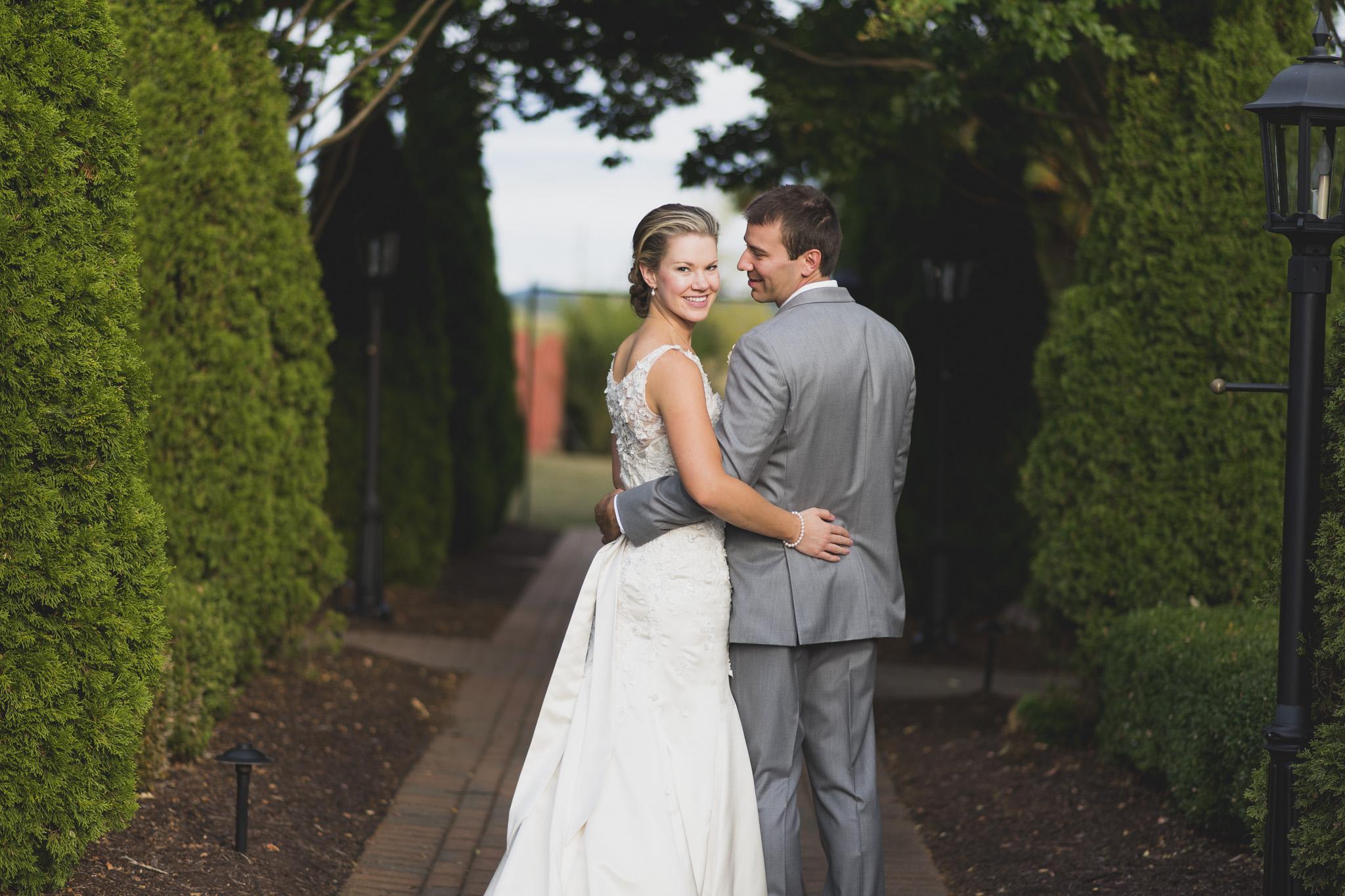 West Manor Wedding_Lynchburg VA_Classic_Black tie_Forest VA_Wedding_photos2089.jpg