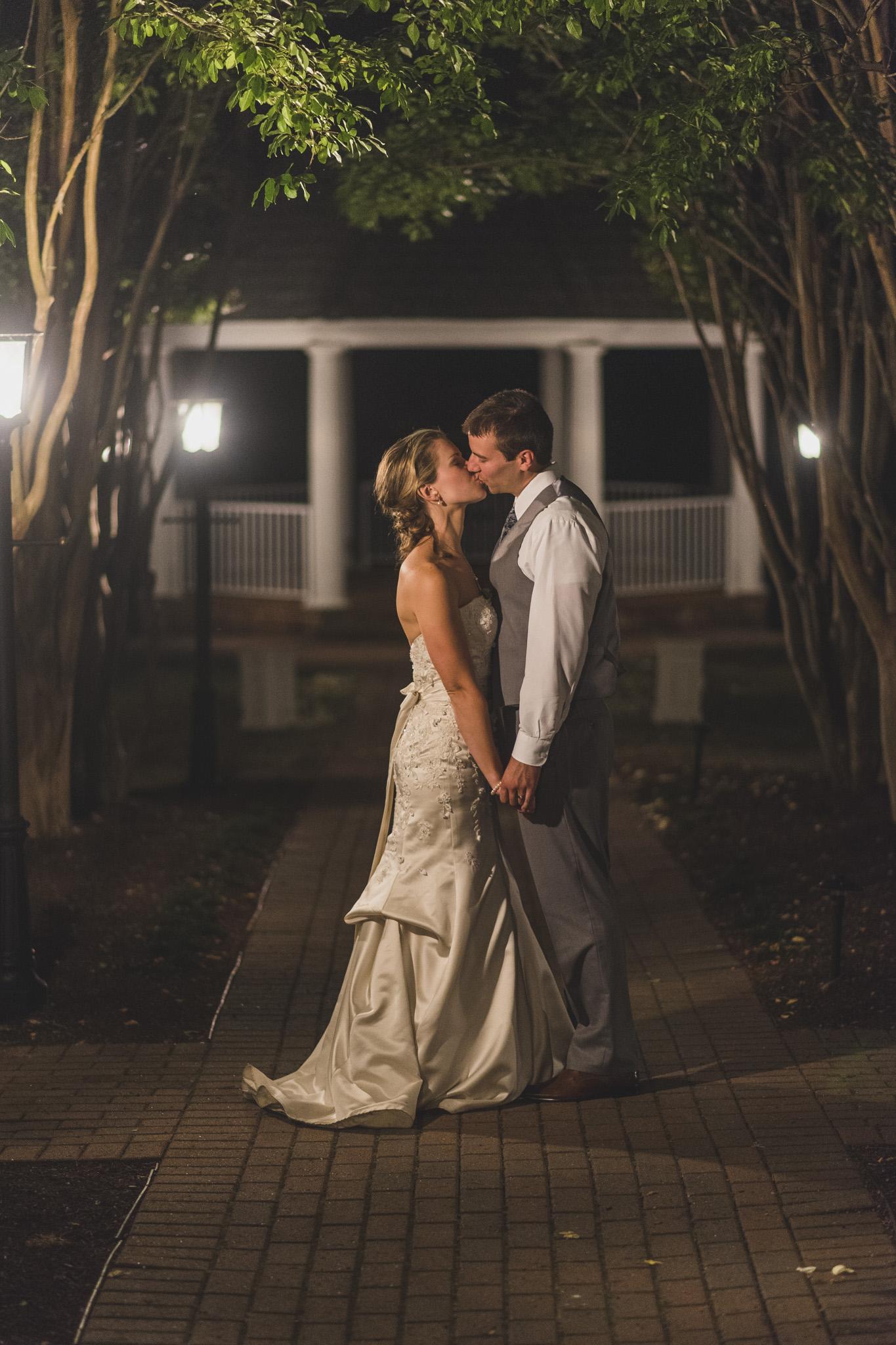 West Manor Wedding_Lynchburg VA_Classic_Black tie_Forest VA_Wedding_photos2105.jpg