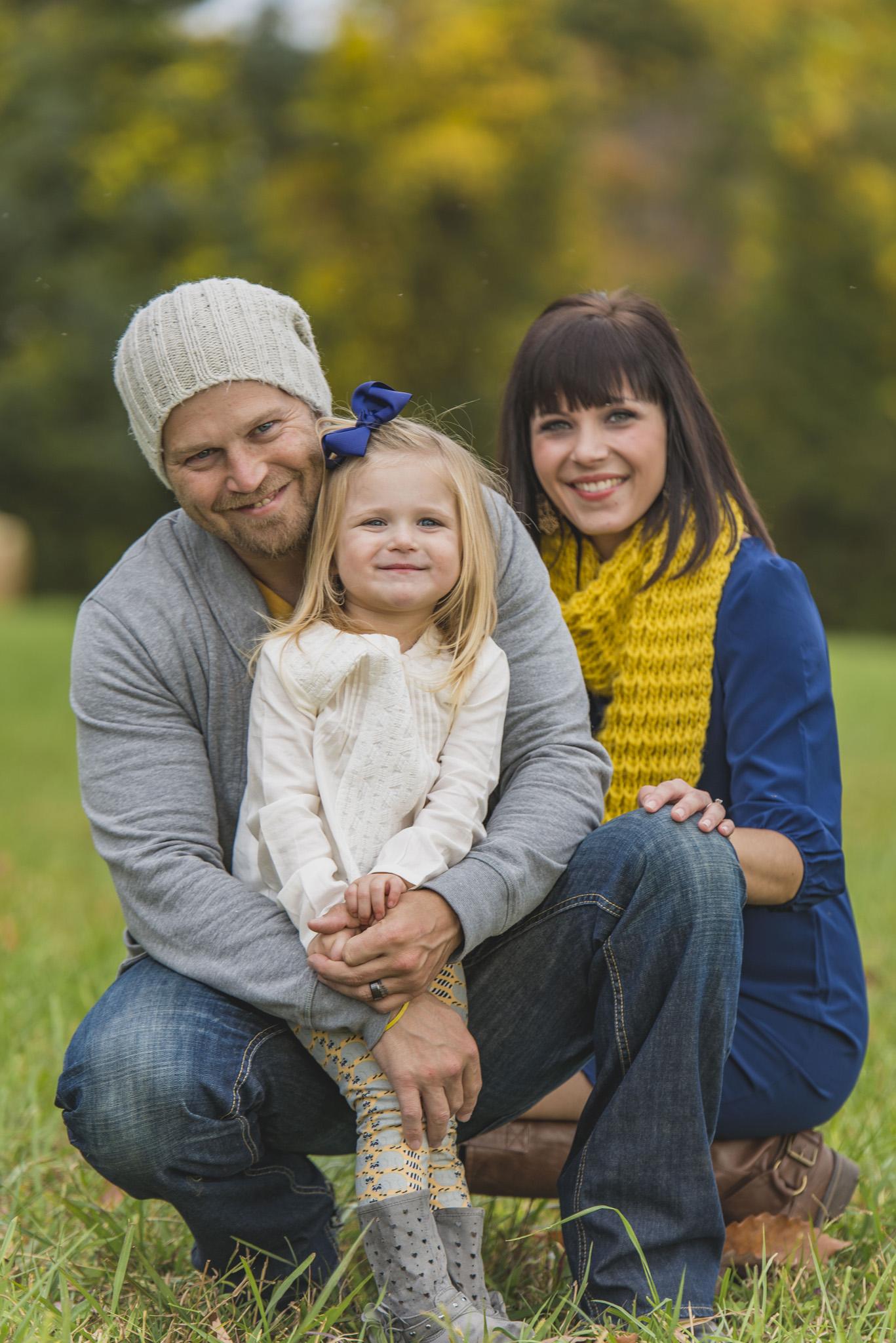 family_session_fall_field_lynchburg_va_photographers010.jpg