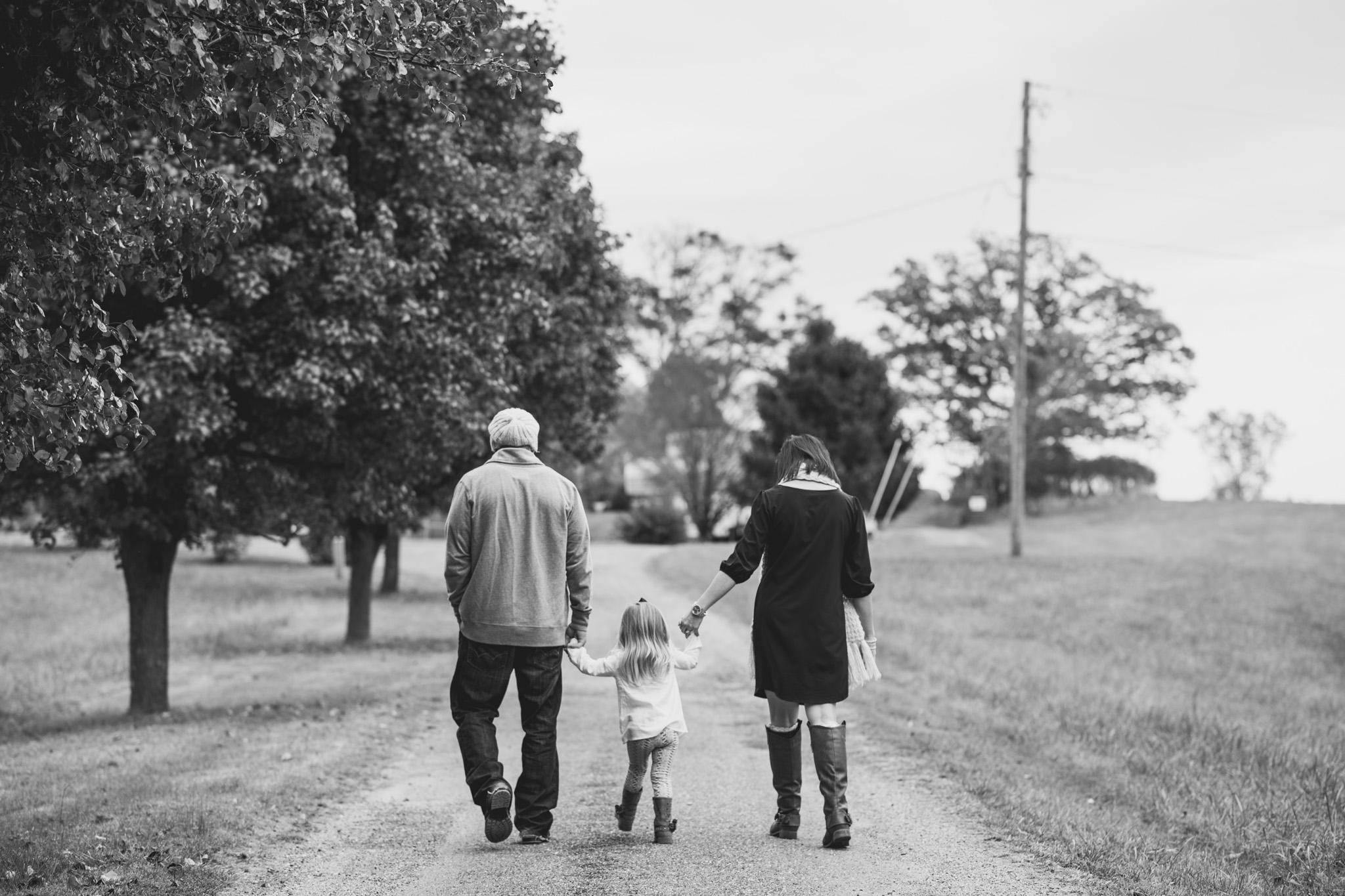 family_session_fall_field_lynchburg_va_photographers020.jpg