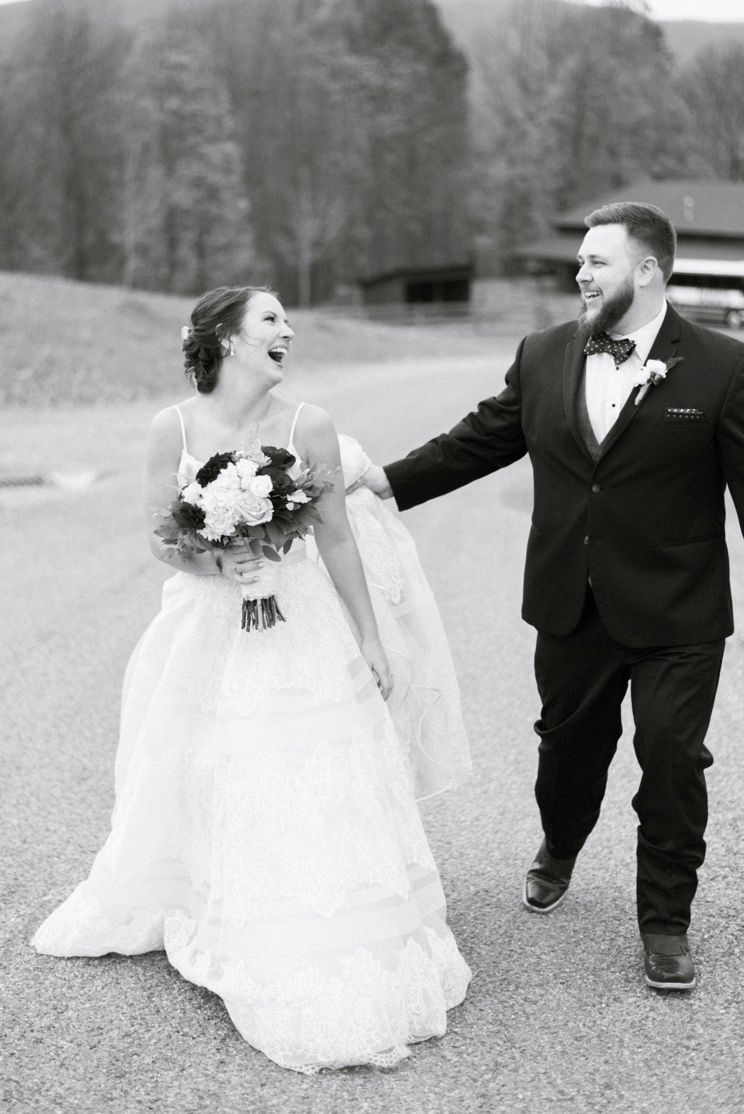 IrvineEstate_LexingtonVA_Wedding_FallWedding_VirginiaWeddingPhotographer 76.jpg