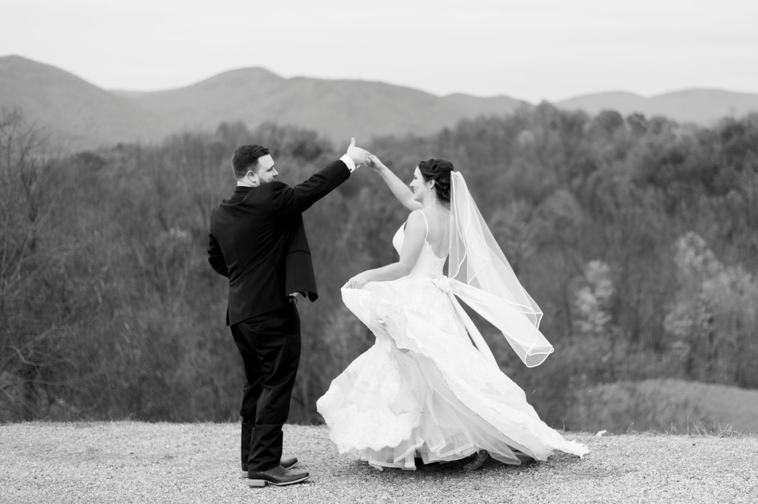 IrvineEstate_LexingtonVA_Wedding_FallWedding_VirginiaWeddingPhotographer 83.jpg