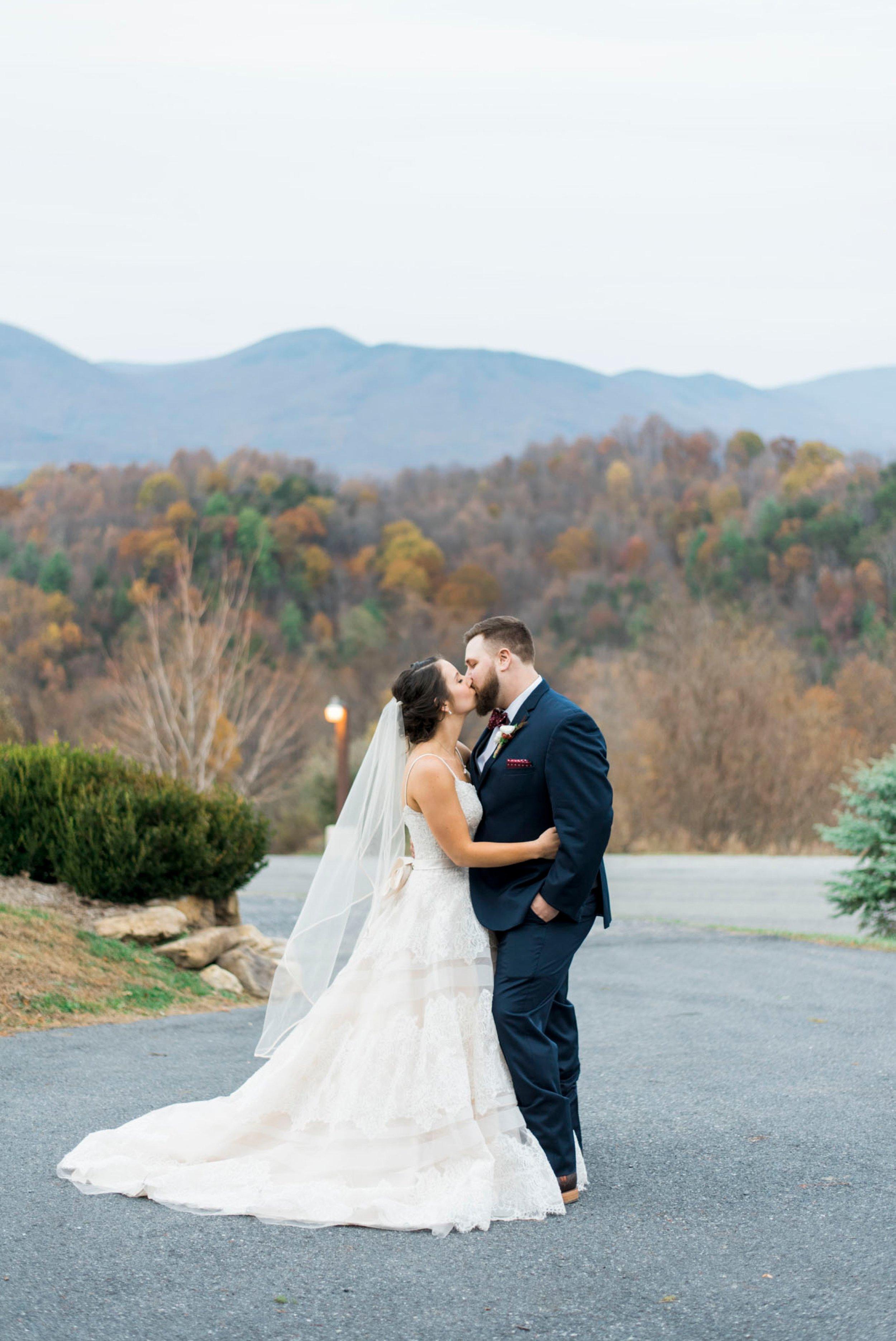 IrvineEstate_LexingtonVA_Wedding_FallWedding_VirginiaWeddingPhotographer 94.jpg