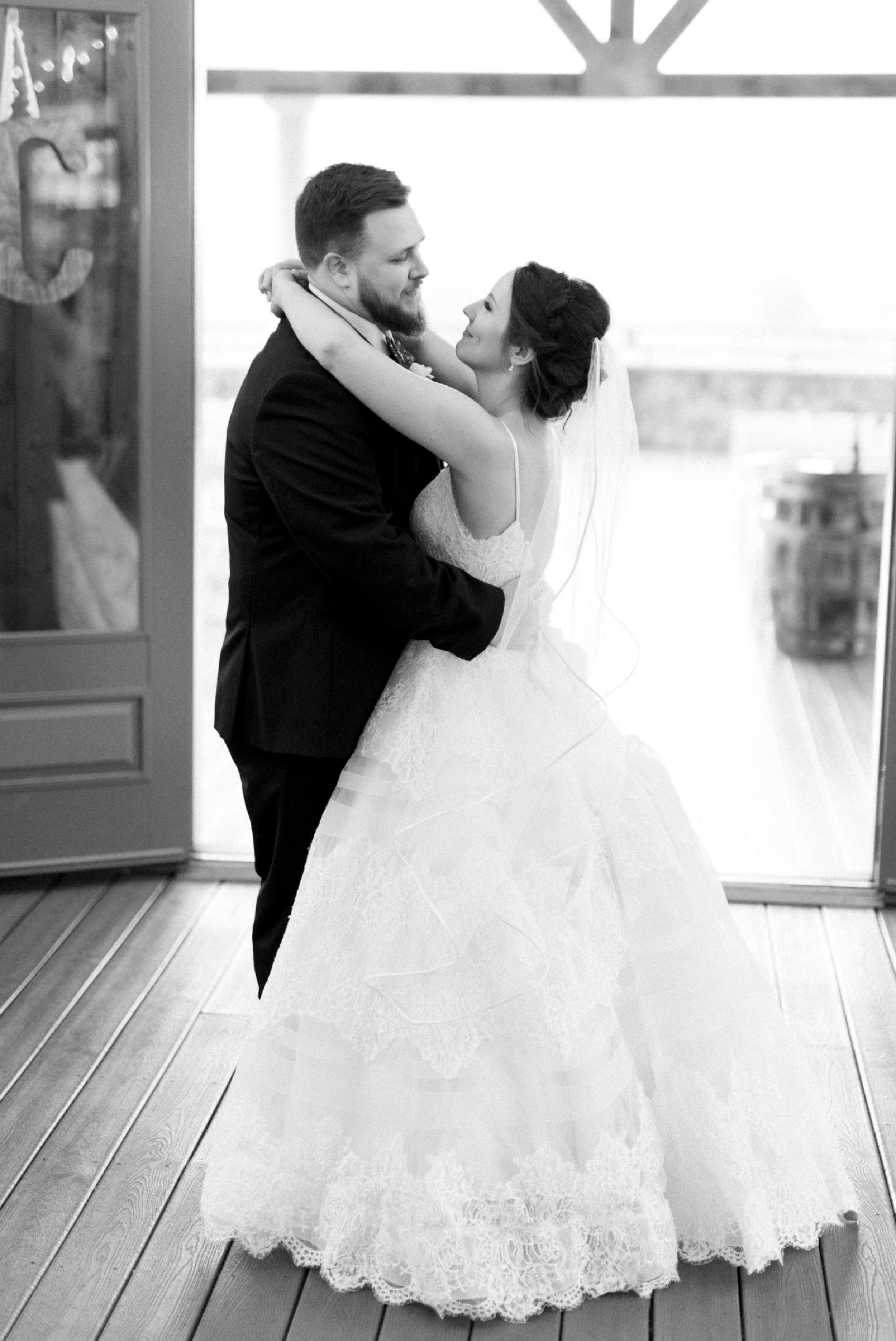IrvineEstate_LexingtonVA_Wedding_FallWedding_VirginiaWeddingPhotographer 102.jpg