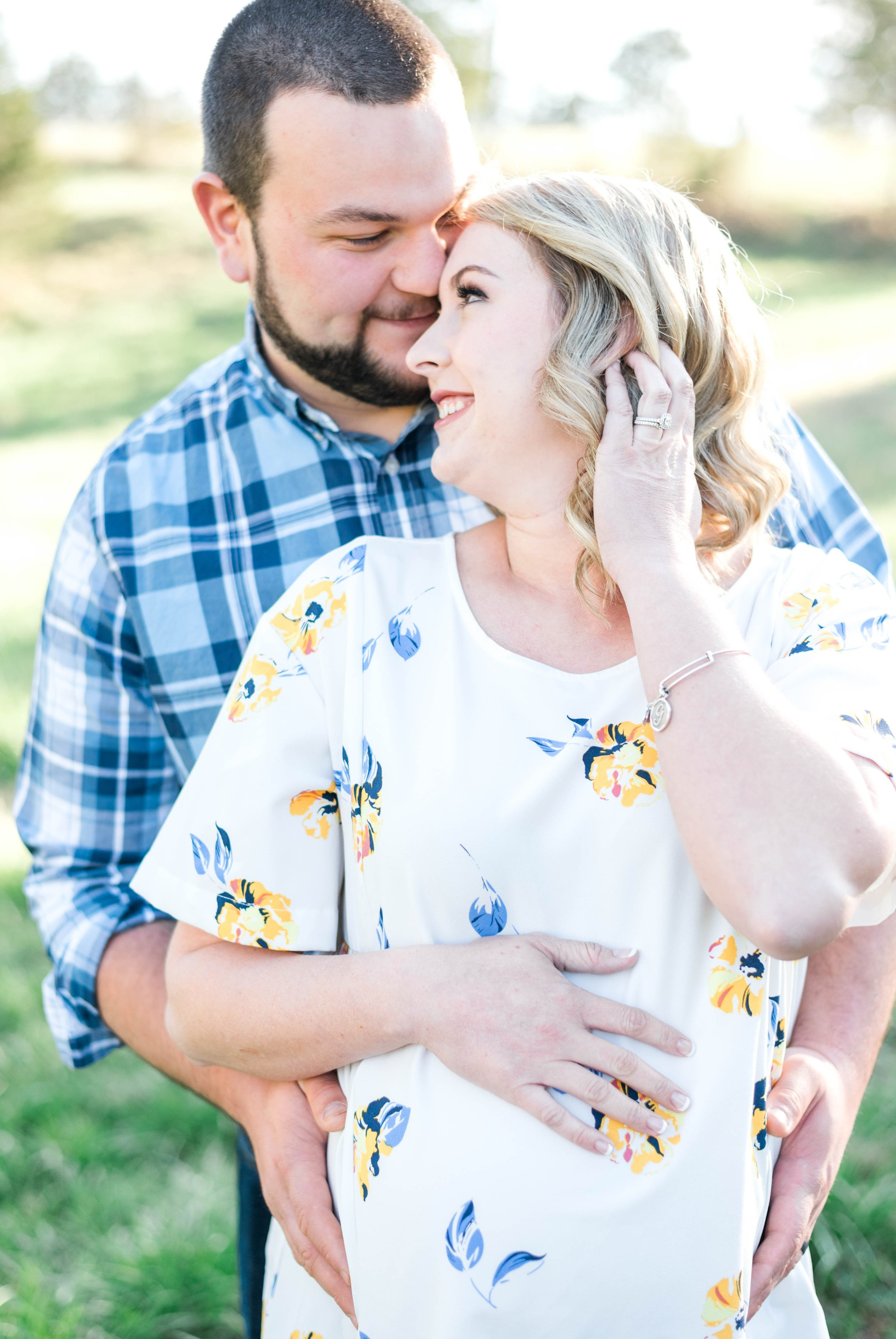 SorellaFarms_Jessica+Dylan_MaternitySession_Virginiaweddingphotographer 6.jpg