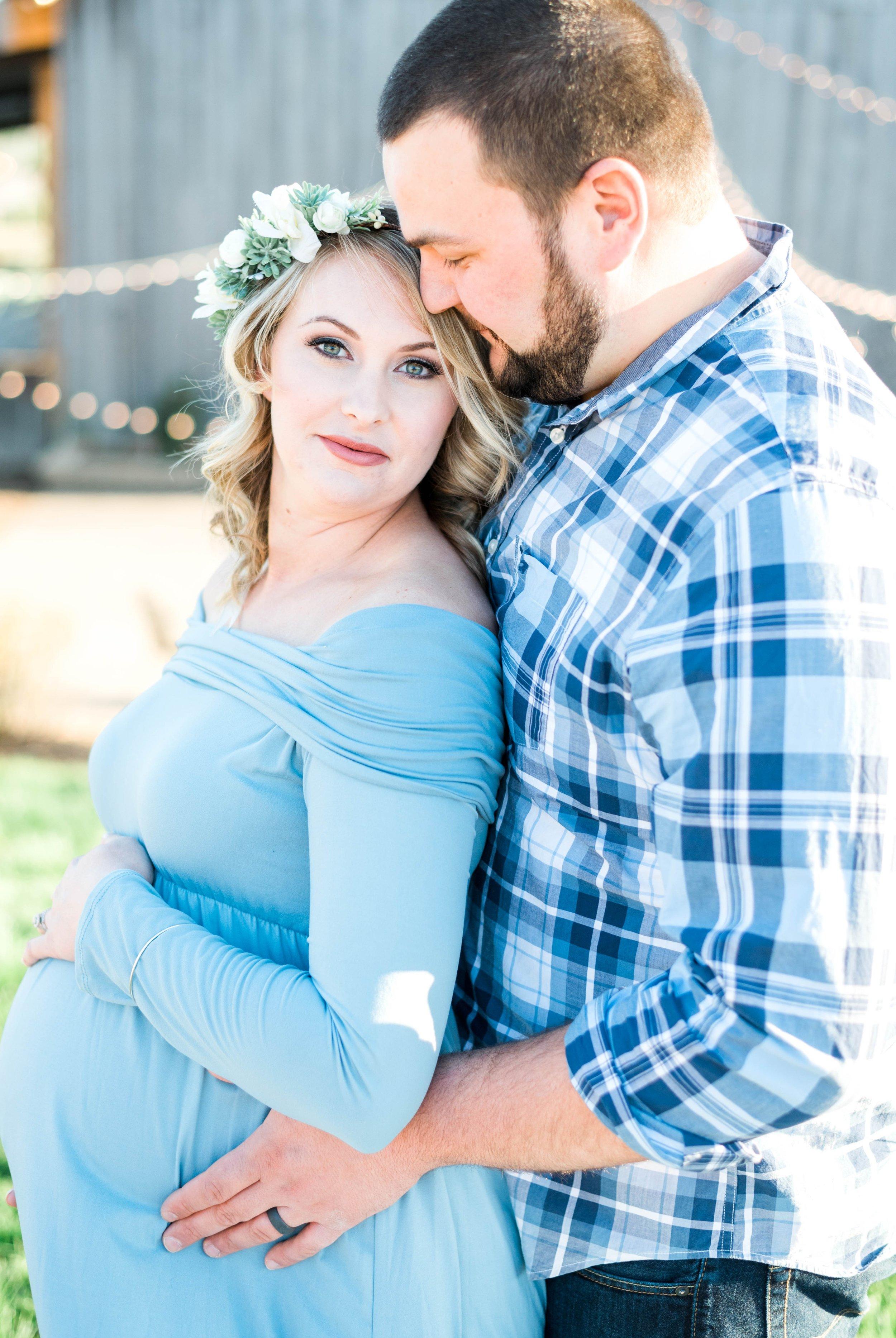 SorellaFarms_Jessica+Dylan_MaternitySession_Virginiaweddingphotographer 18.jpg