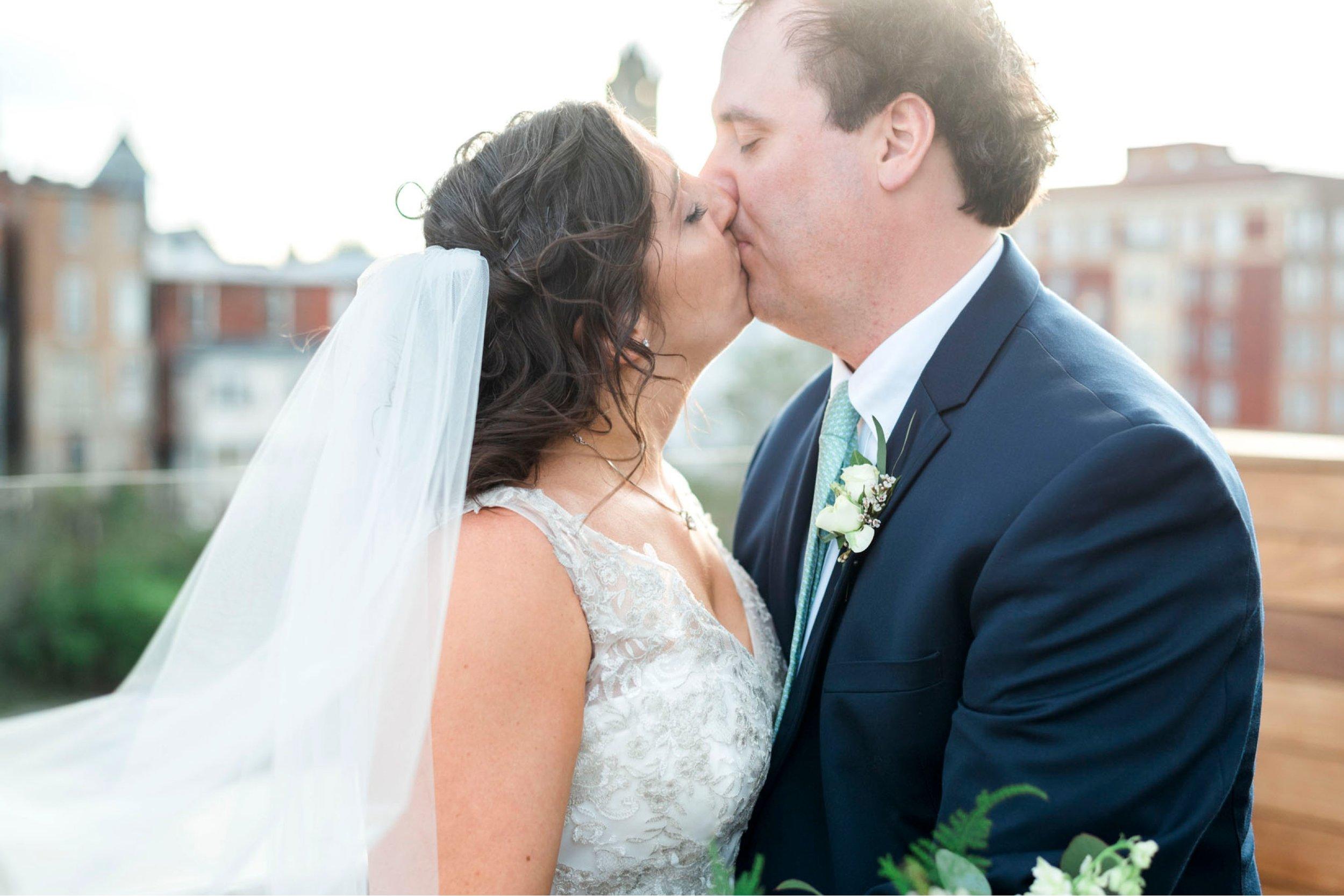TheVirginianHotel_LynchburgVA_TheVirginianHotelWedding_Virginiaweddingphotographer_Lynchburgvawedding 9.jpg