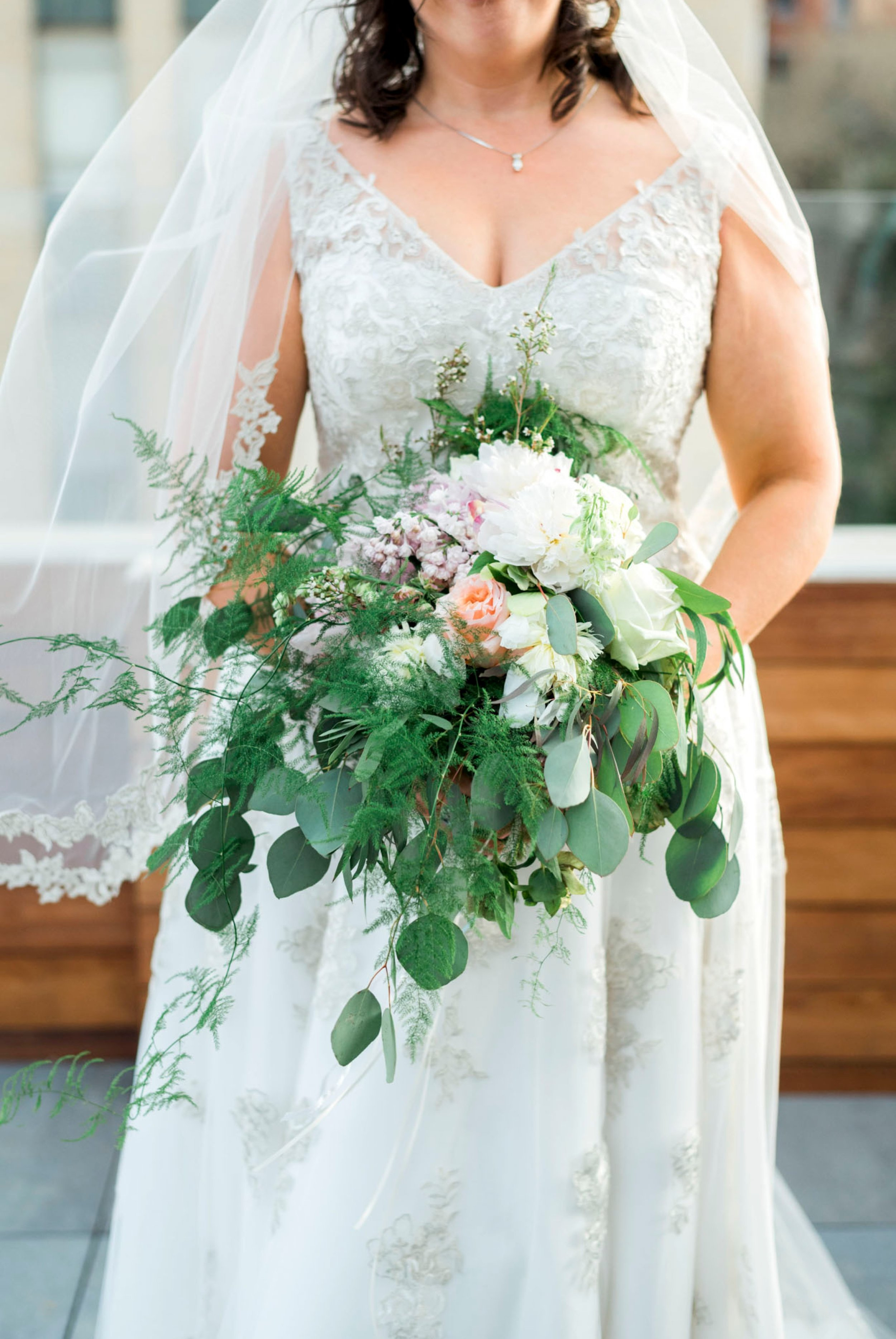 TheVirginianHotel_LynchburgVA_TheVirginianHotelWedding_Virginiaweddingphotographer_Lynchburgvawedding 10.jpg