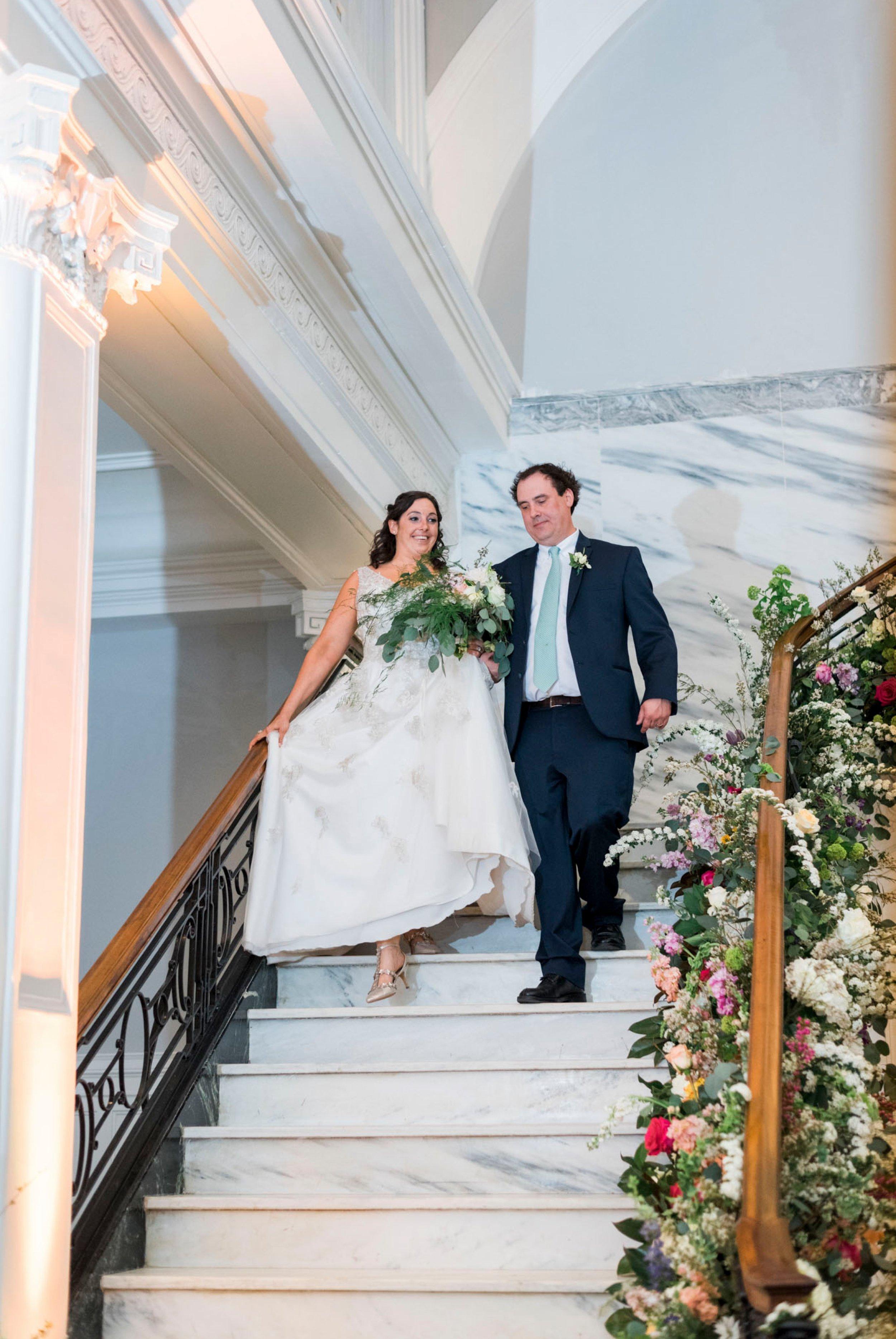 TheVirginianHotel_LynchburgVA_TheVirginianHotelWedding_Virginiaweddingphotographer_Lynchburgvawedding 12.jpg