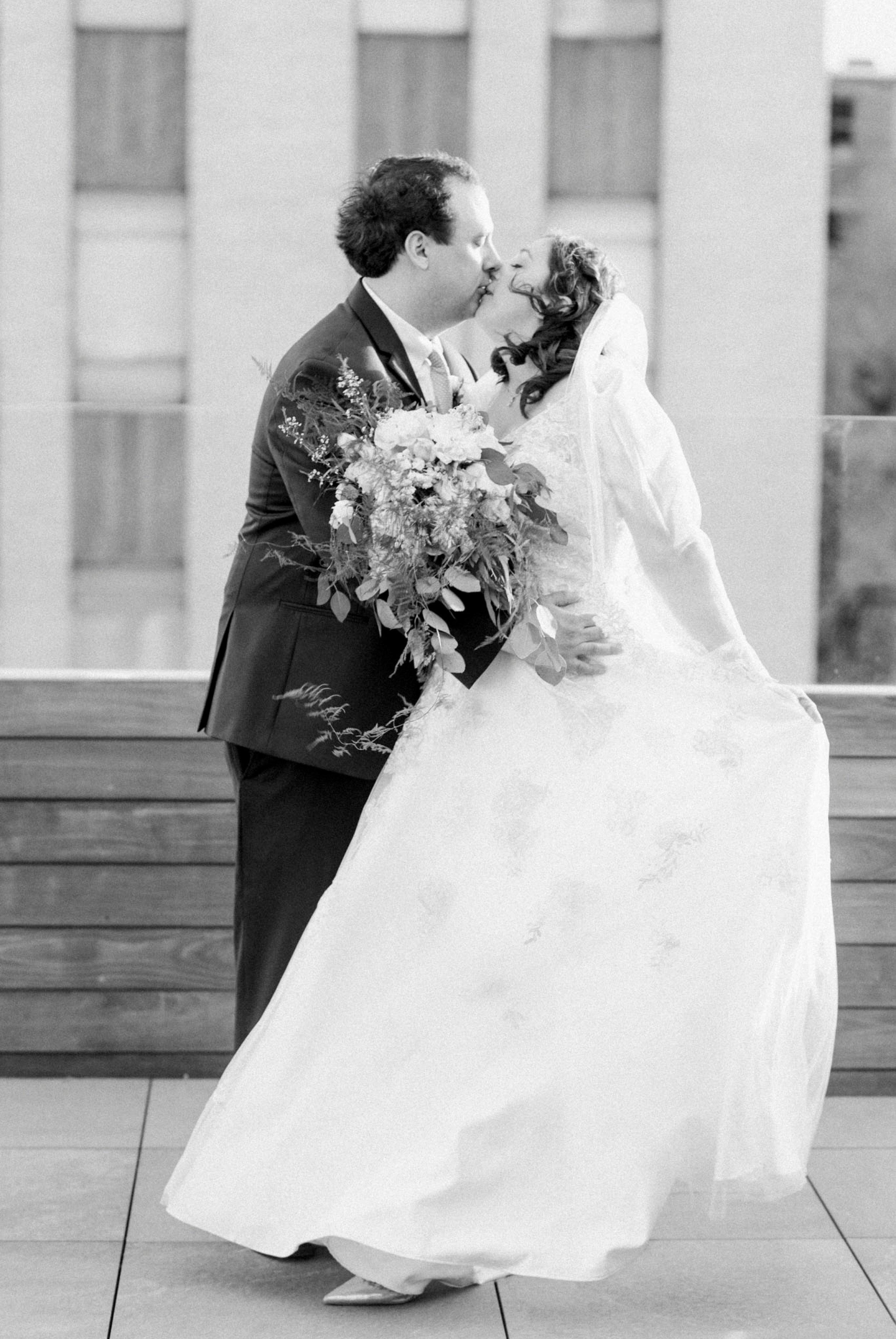 TheVirginianHotel_LynchburgVA_TheVirginianHotelWedding_Virginiaweddingphotographer_Lynchburgvawedding 46.jpg