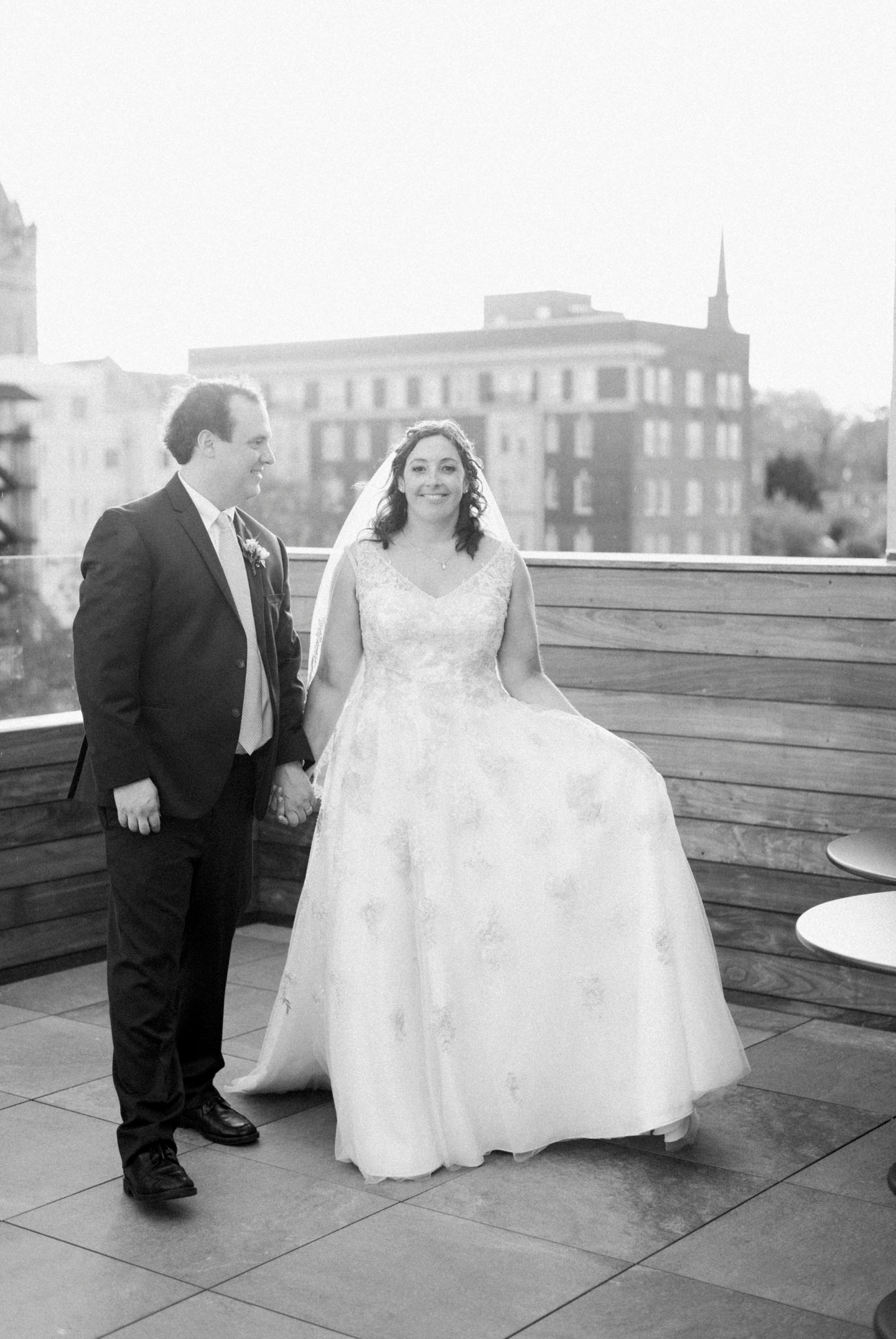 TheVirginianHotel_LynchburgVA_TheVirginianHotelWedding_Virginiaweddingphotographer_Lynchburgvawedding 48.jpg
