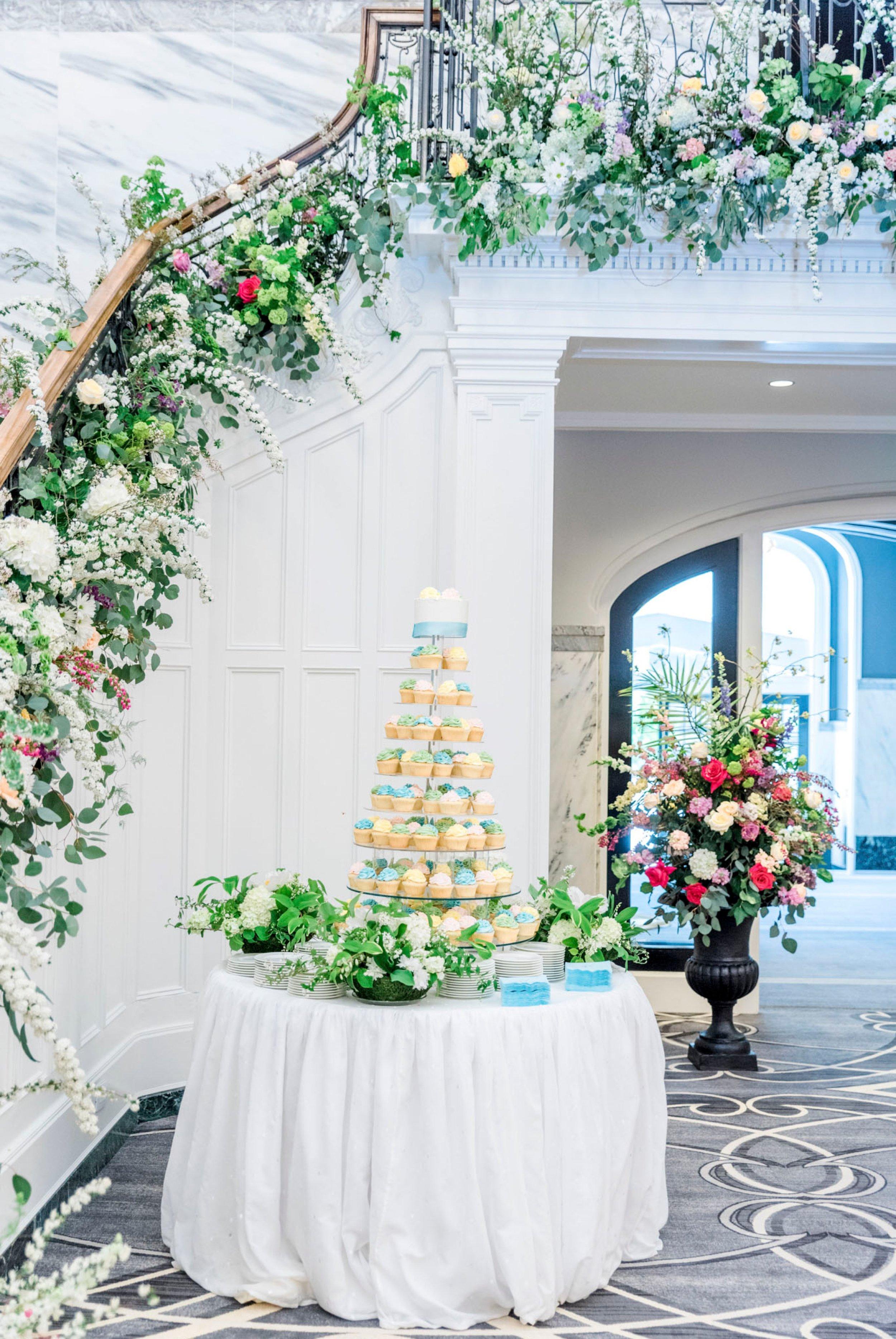 TheVirginianHotel_LynchburgVA_TheVirginianHotelWedding_Virginiaweddingphotographer_Lynchburgvawedding 14.jpg