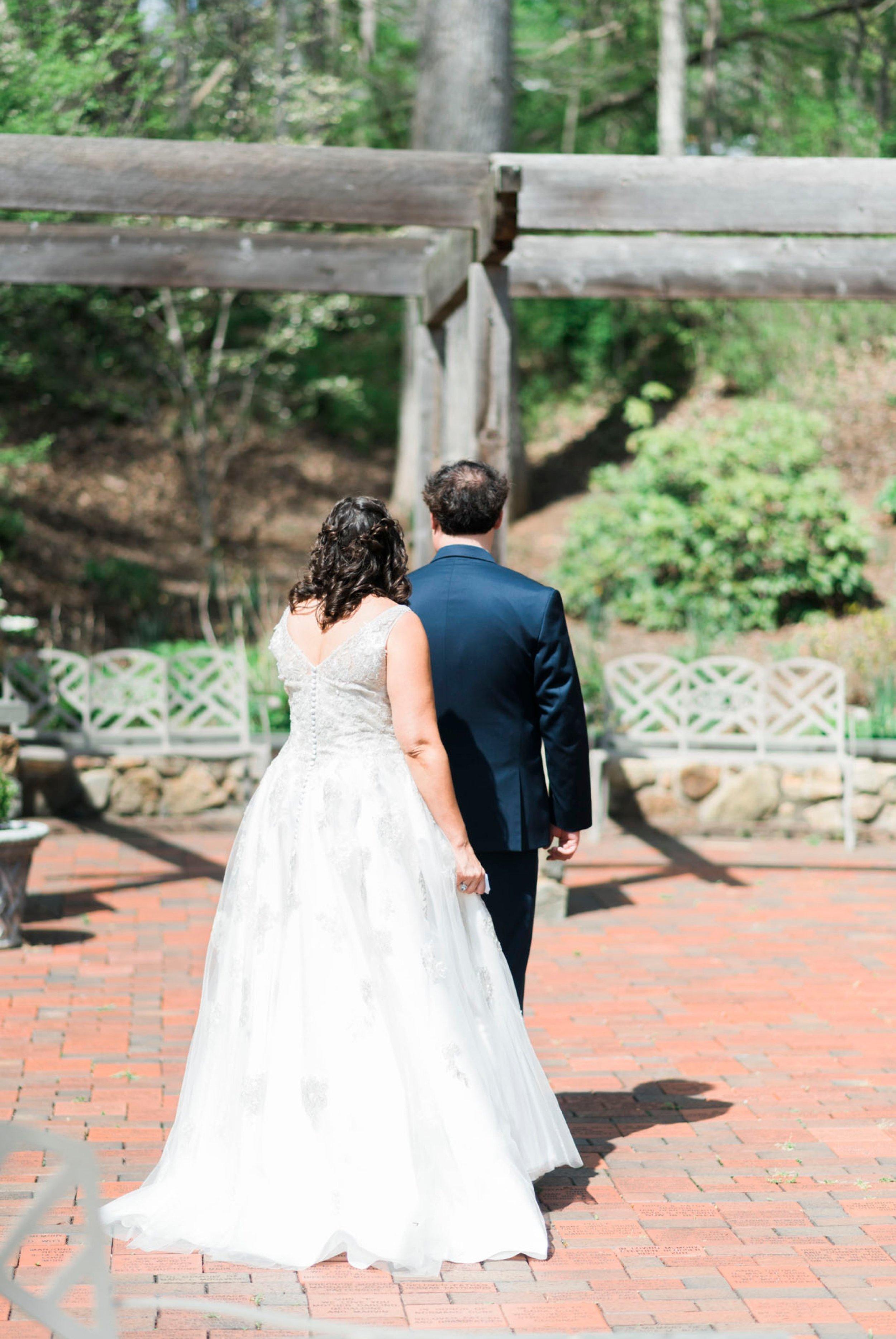 TheVirginianHotel_LynchburgVA_TheVirginianHotelWedding_Virginiaweddingphotographer_Lynchburgvawedding 17.jpg